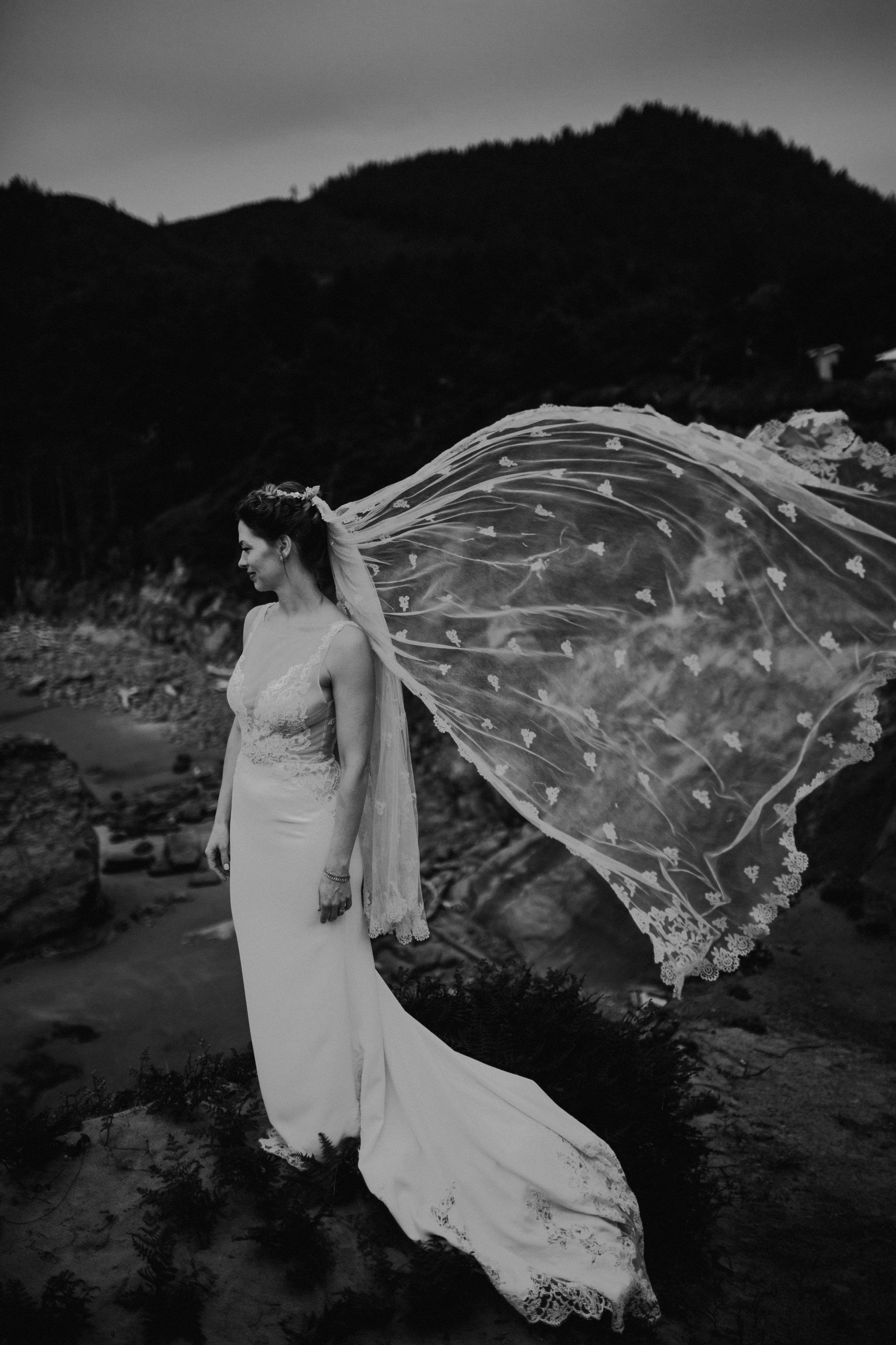 Oregon Coast Wedding- Grace and Jaden Photography (51).jpg