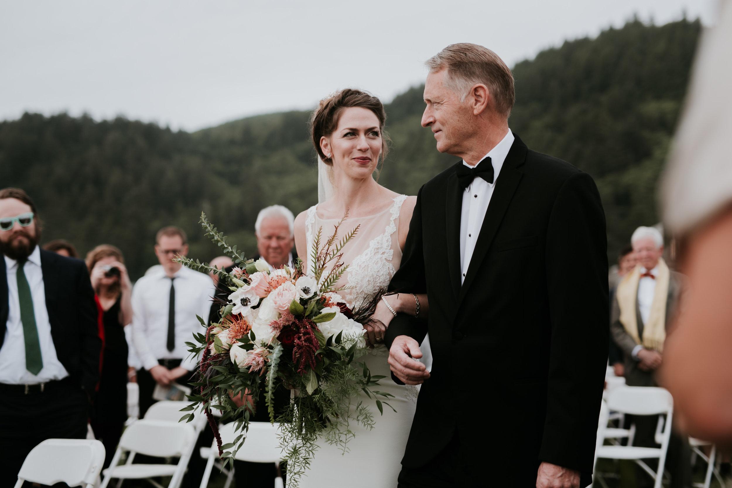 Oregon Coast Wedding- Grace and Jaden Photography (78).jpg