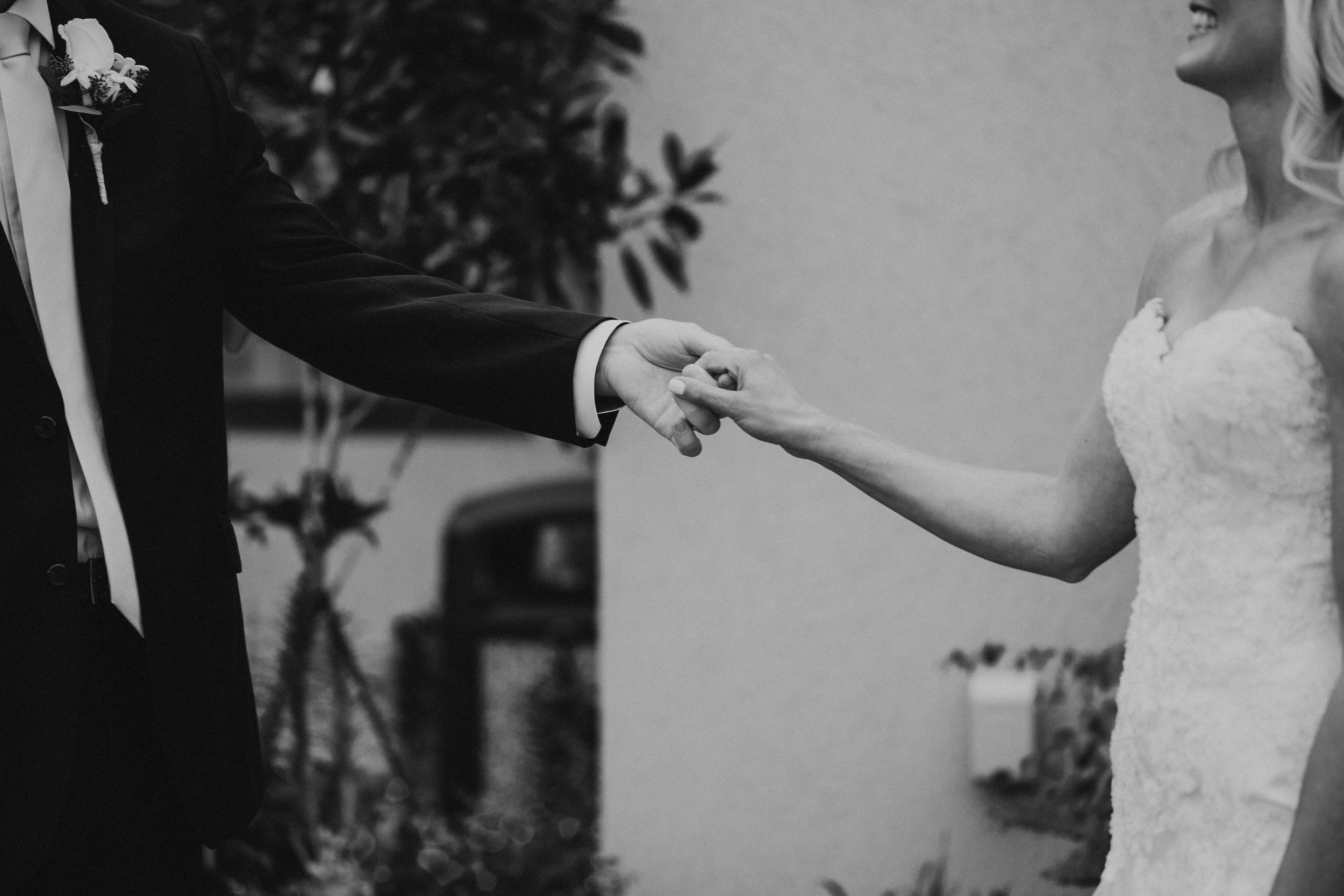 Willamatte Valley Vineyard Wedding- Grace and Jaden Photography (10).jpg