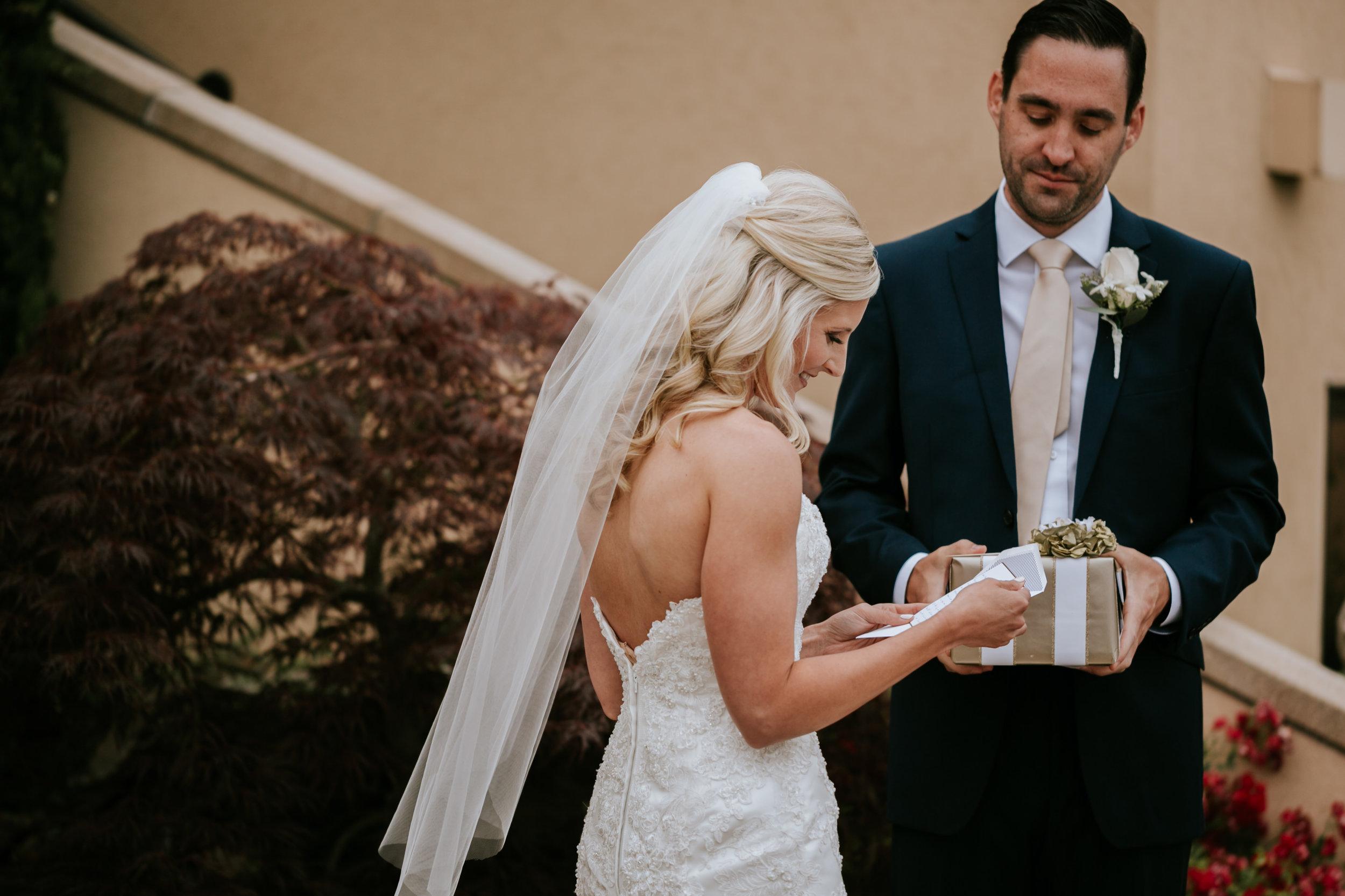 Willamatte Valley Vineyard Wedding- Grace and Jaden Photography (14).jpg