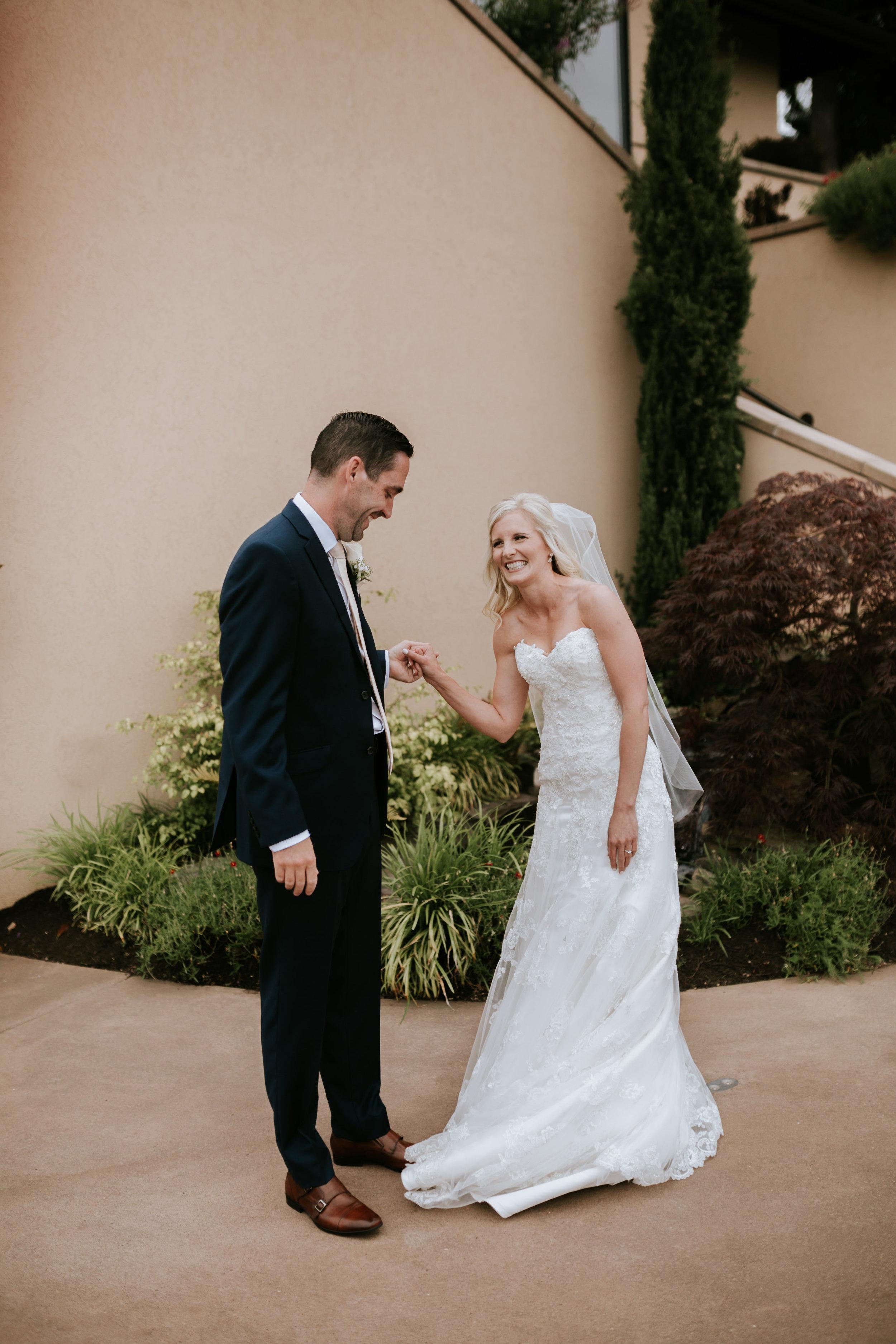 Willamatte Valley Vineyard Wedding- Grace and Jaden Photography (13).jpg