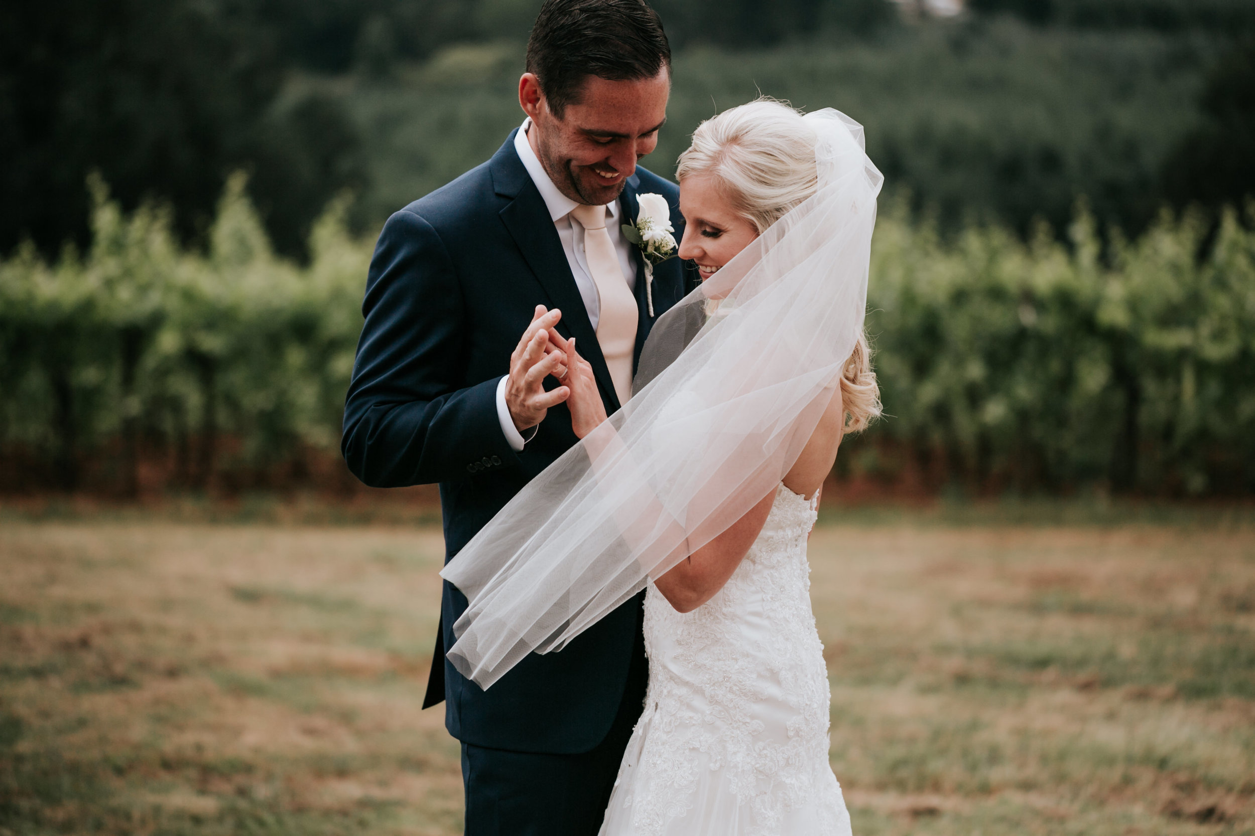 Willamatte Valley Vineyard Wedding- Grace and Jaden Photography (25).jpg
