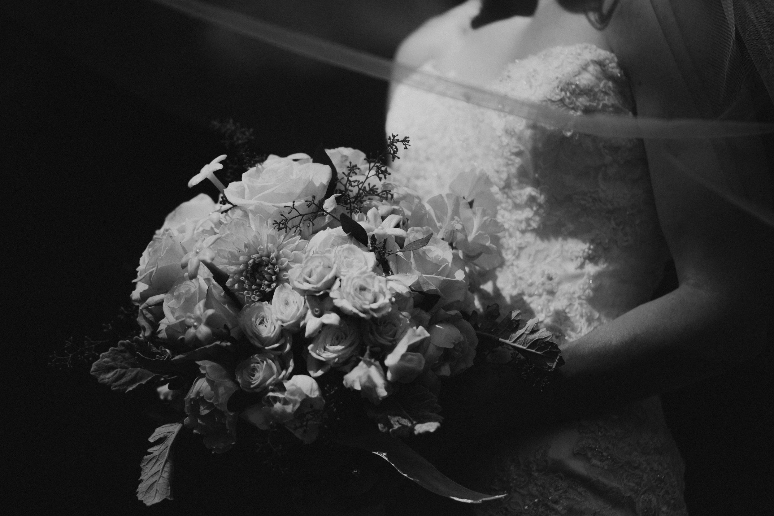 Willamatte Valley Vineyard Wedding- Grace and Jaden Photography (27).jpg
