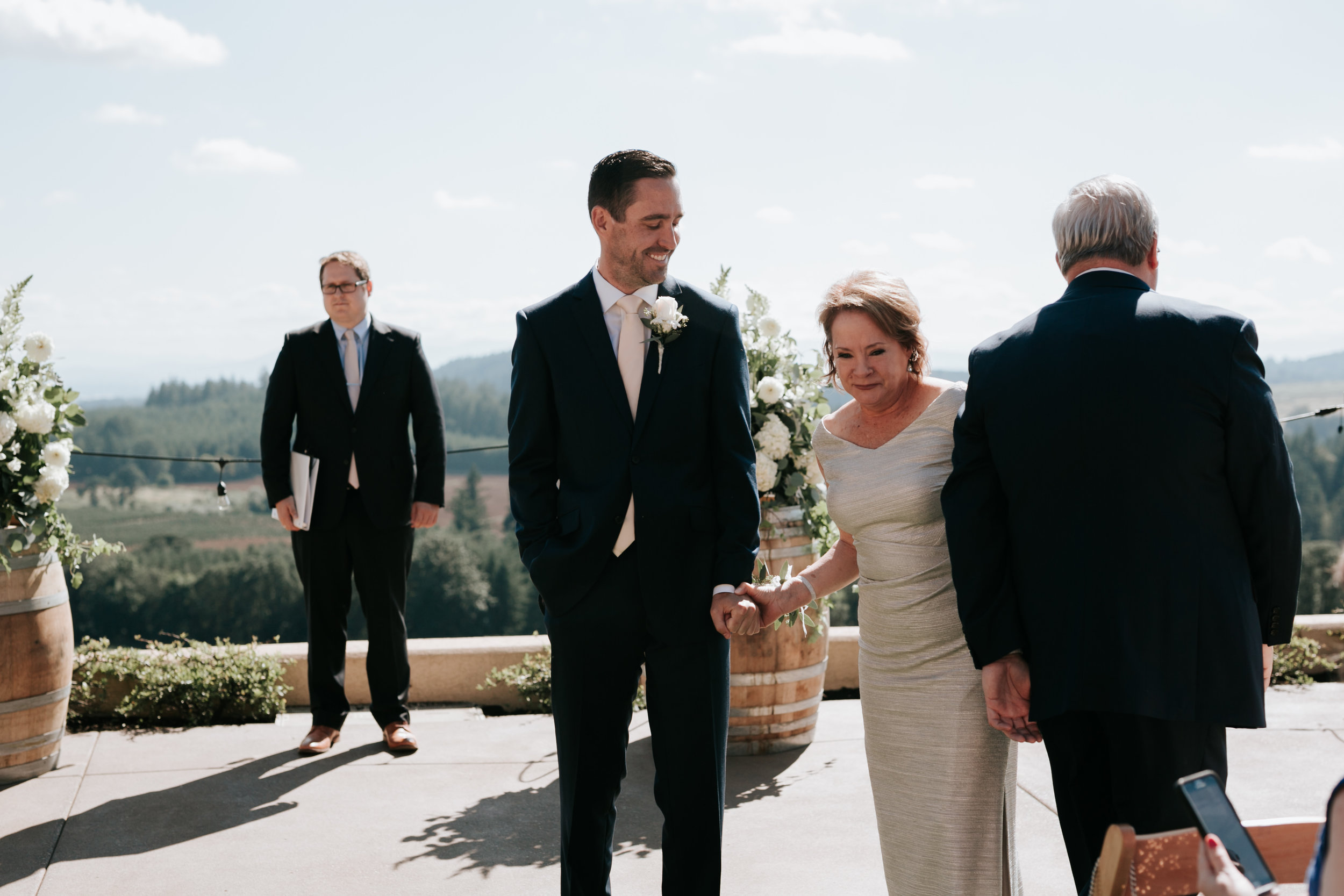 Willamatte Valley Vineyard Wedding- Grace and Jaden Photography (32).jpg