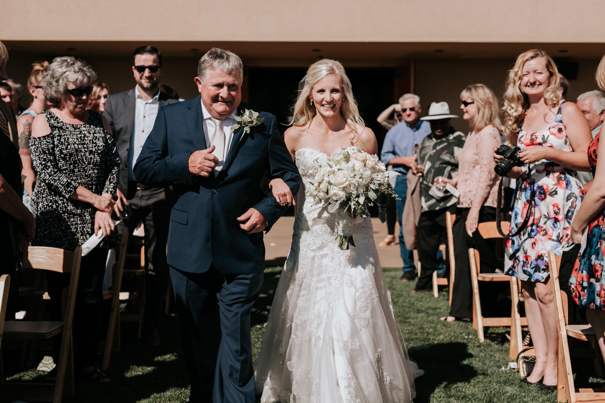 Willamatte Valley Vineyard Wedding- Grace and Jaden Photography (34).jpg