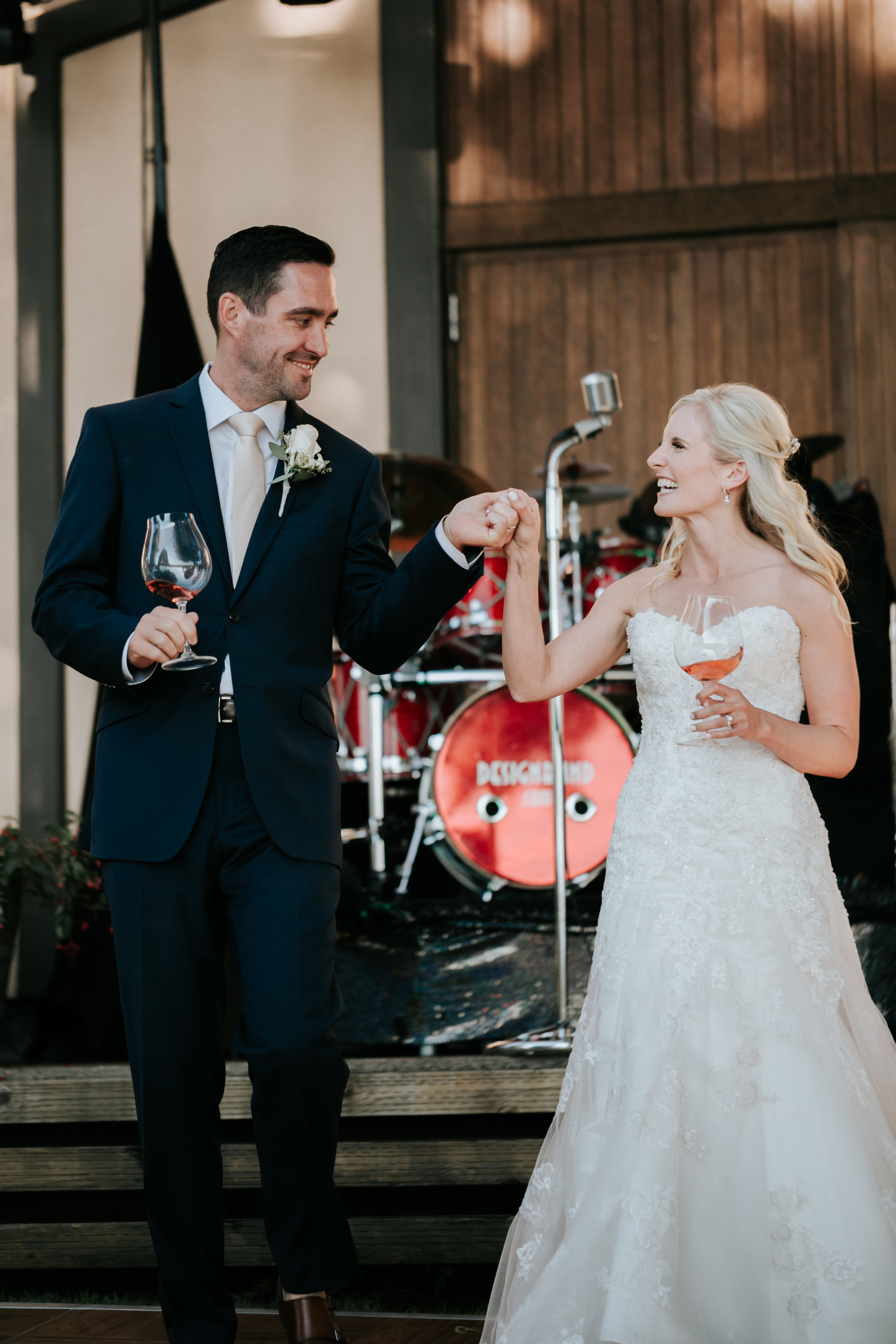 Willamatte Valley Vineyard Wedding- Grace and Jaden Photography (50).jpg