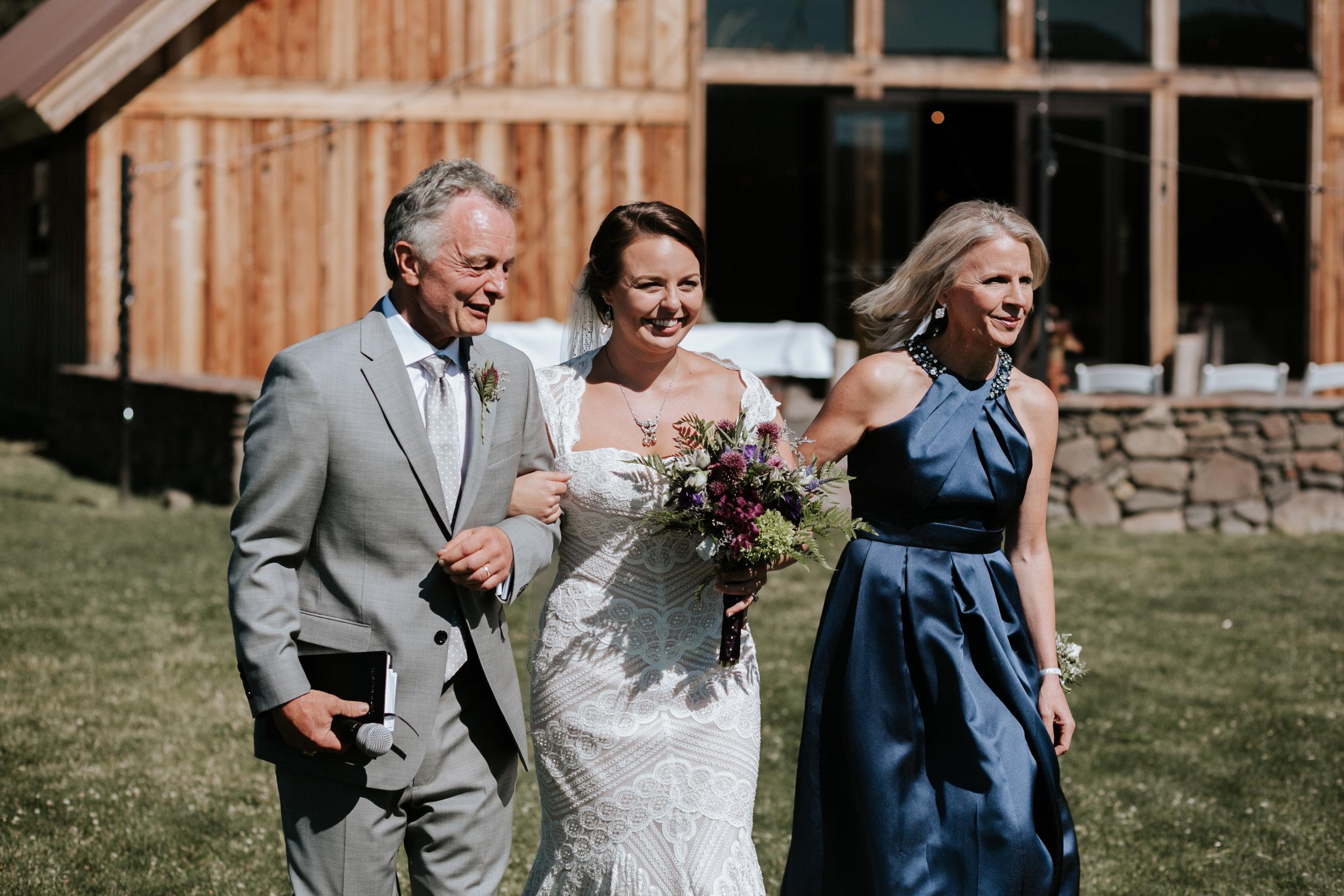 Eastern Oregon Wedding- Grace and Jaden Photography (43).jpg