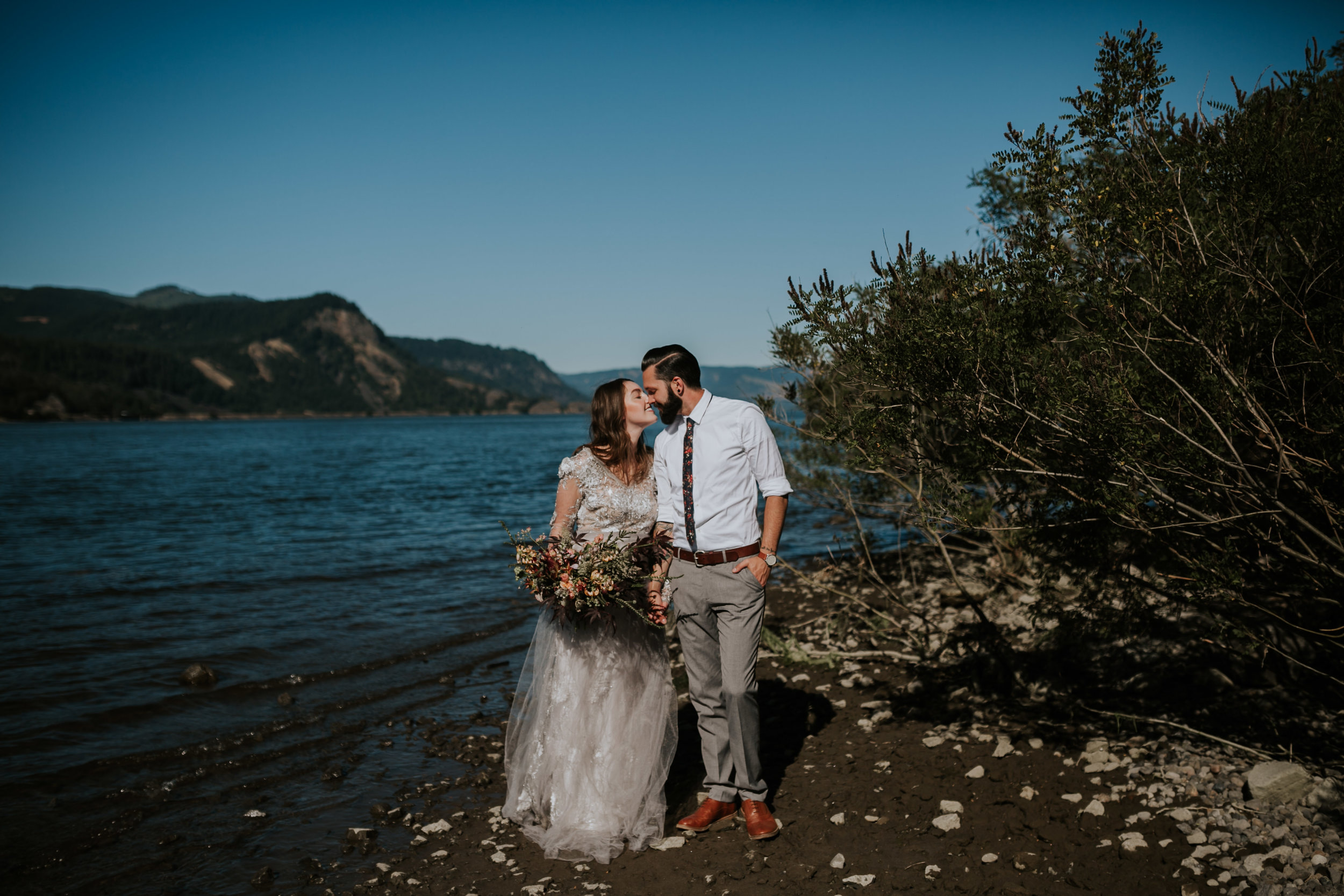 Columbia River Gorge Elopement- Grace and Jaden Photography (2).jpg