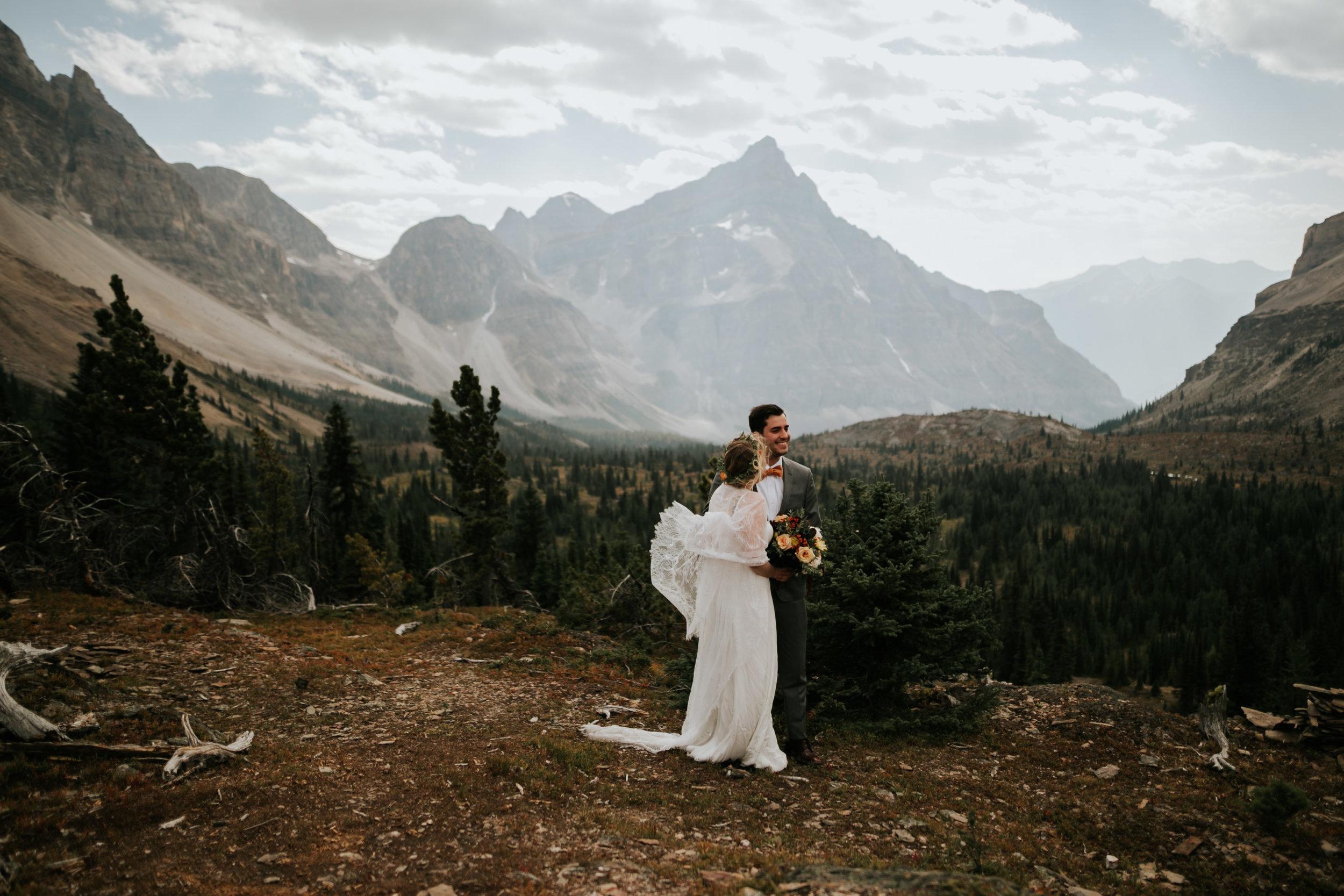 Banff National Park, Alberta Canada Elopement - Grace and Jaden Photography (56).jpg