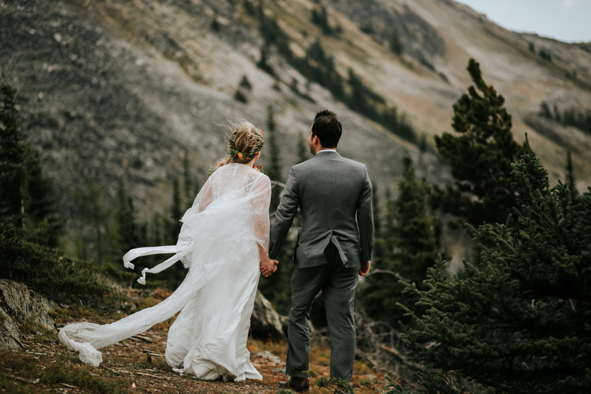 Banff National Park, Alberta Canada Elopement - Grace and Jaden Photography (60).jpg