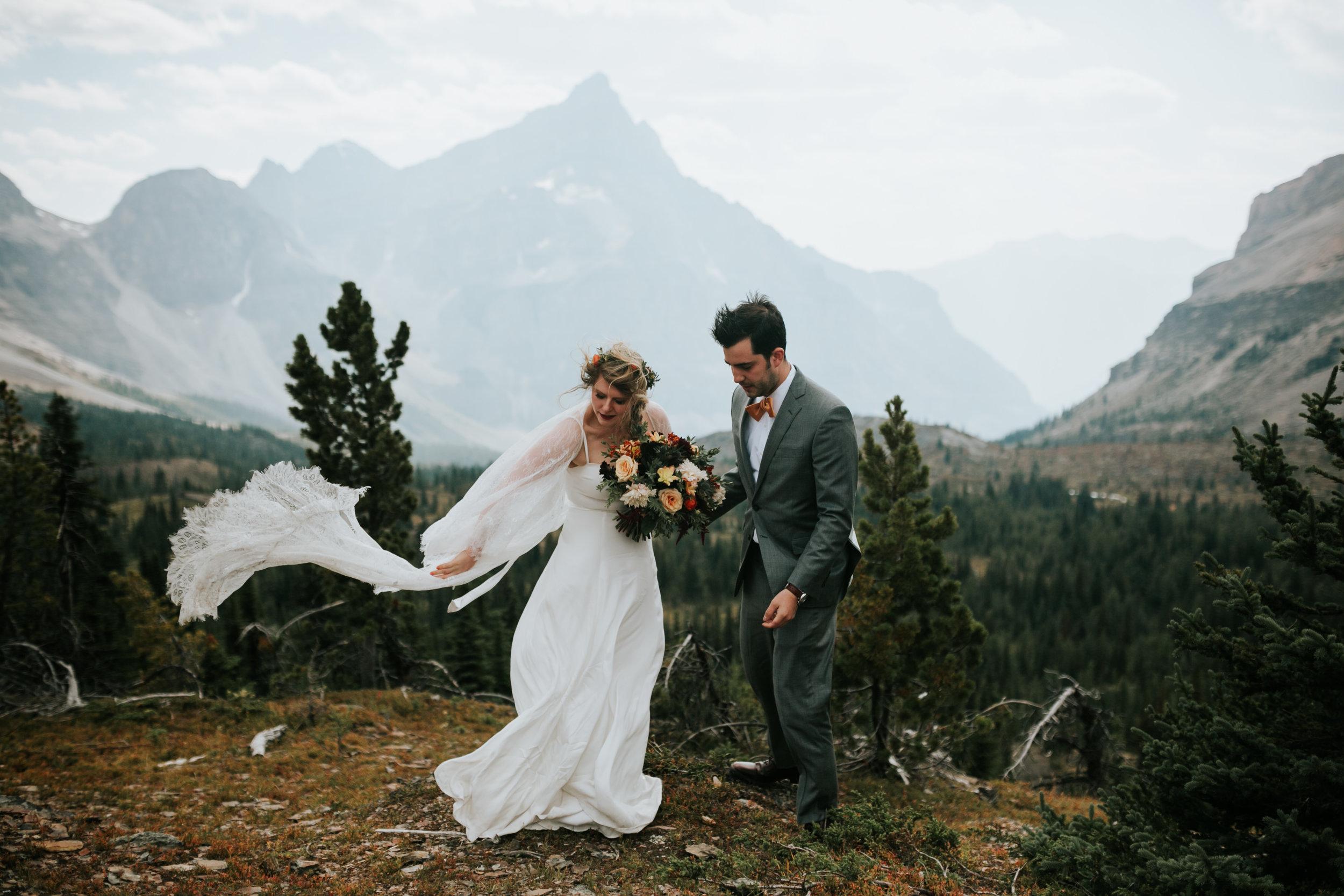 Banff National Park, Alberta Canada Elopement - Grace and Jaden Photography (64).jpg