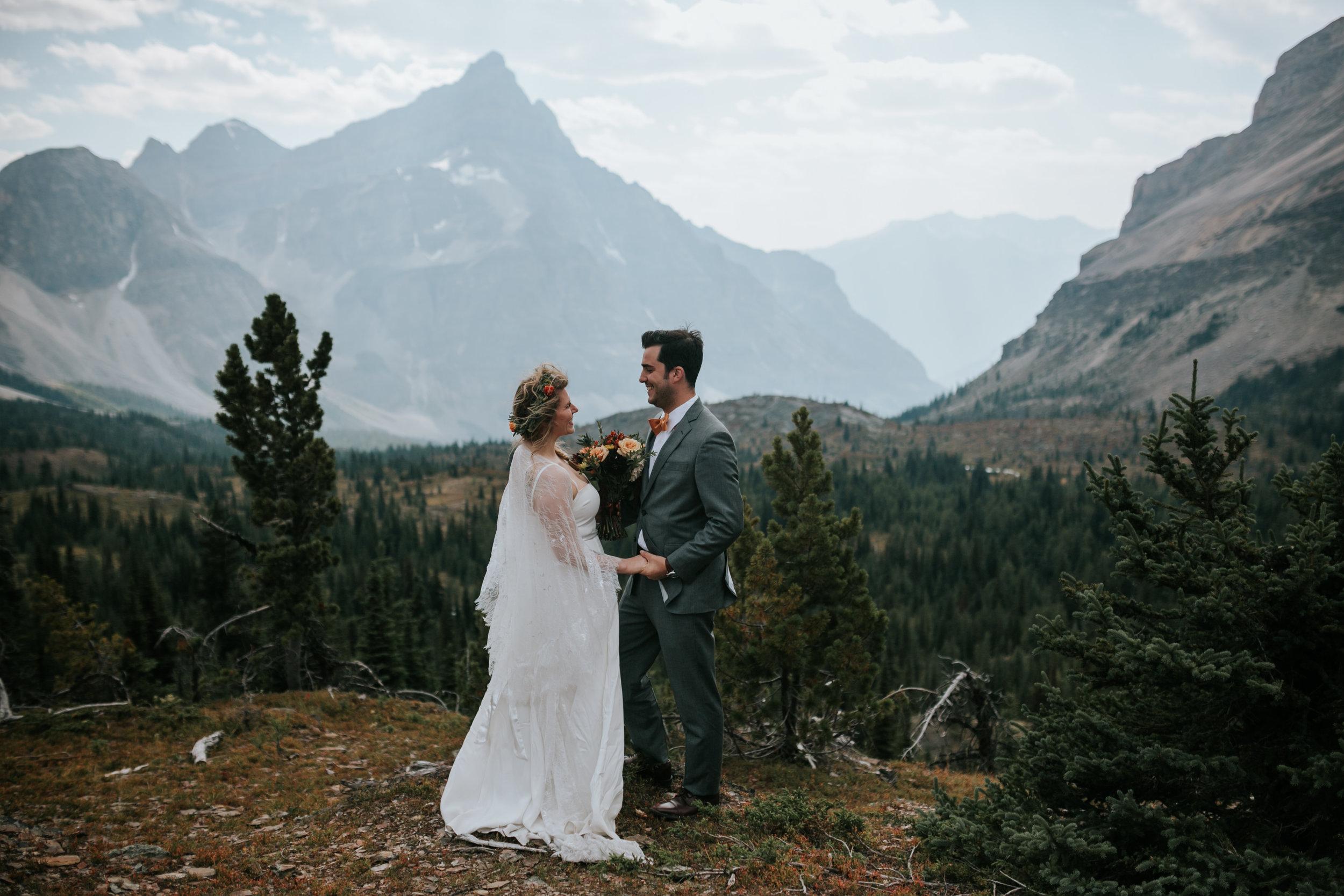 Banff National Park, Alberta Canada Elopement - Grace and Jaden Photography (63).jpg