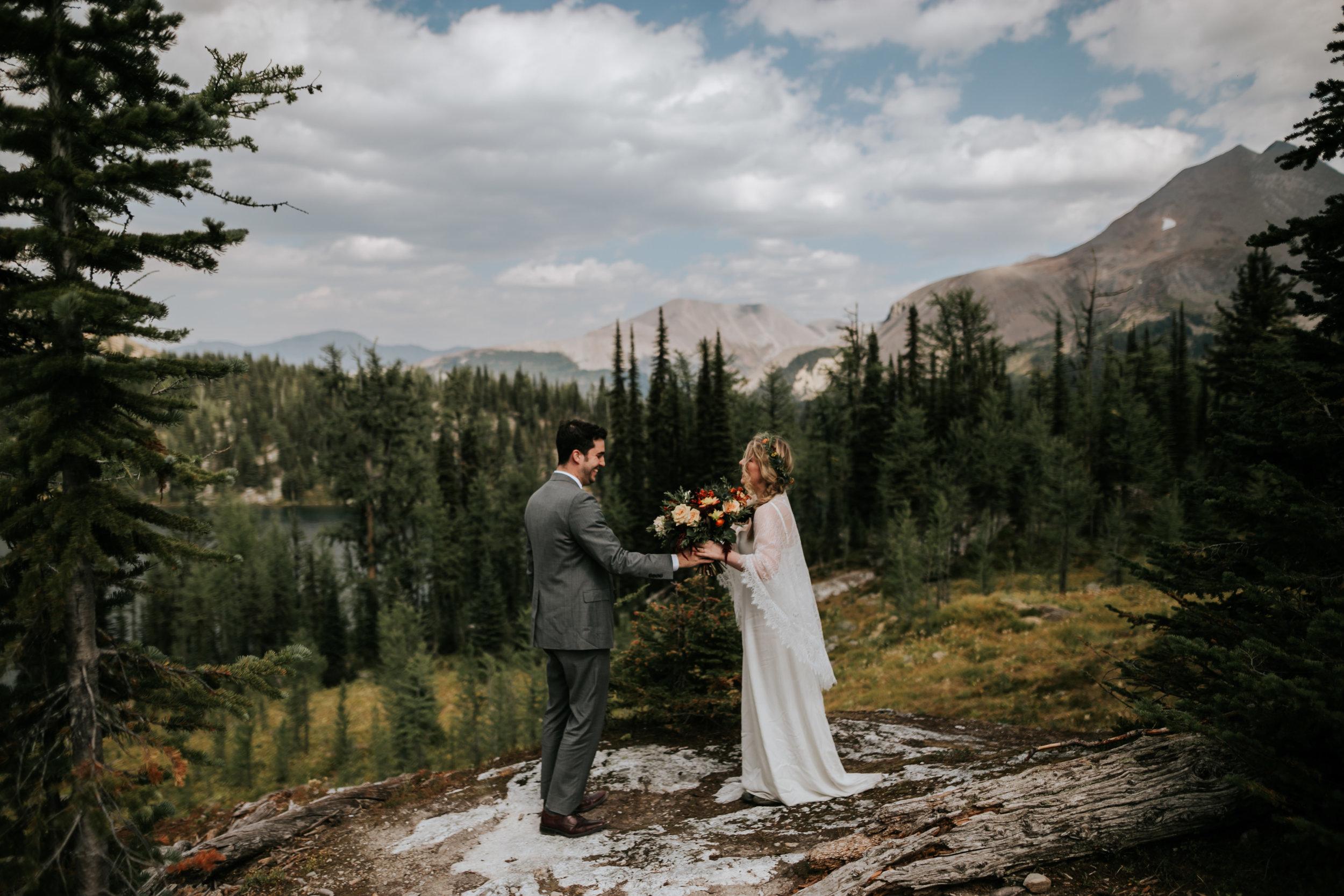 Banff National Park, Alberta Canada Elopement - Grace and Jaden Photography (72).jpg