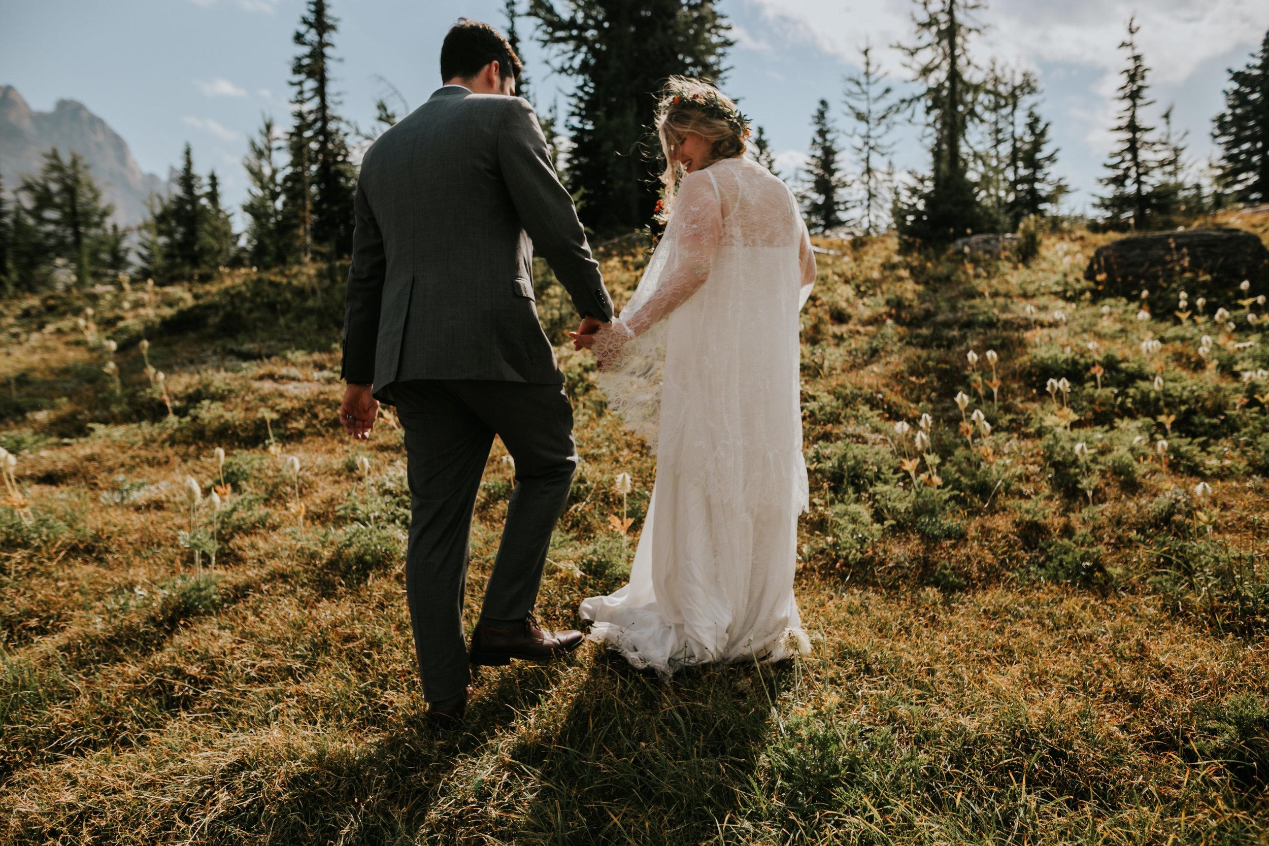 Banff National Park, Alberta Canada Elopement - Grace and Jaden Photography (101).jpg