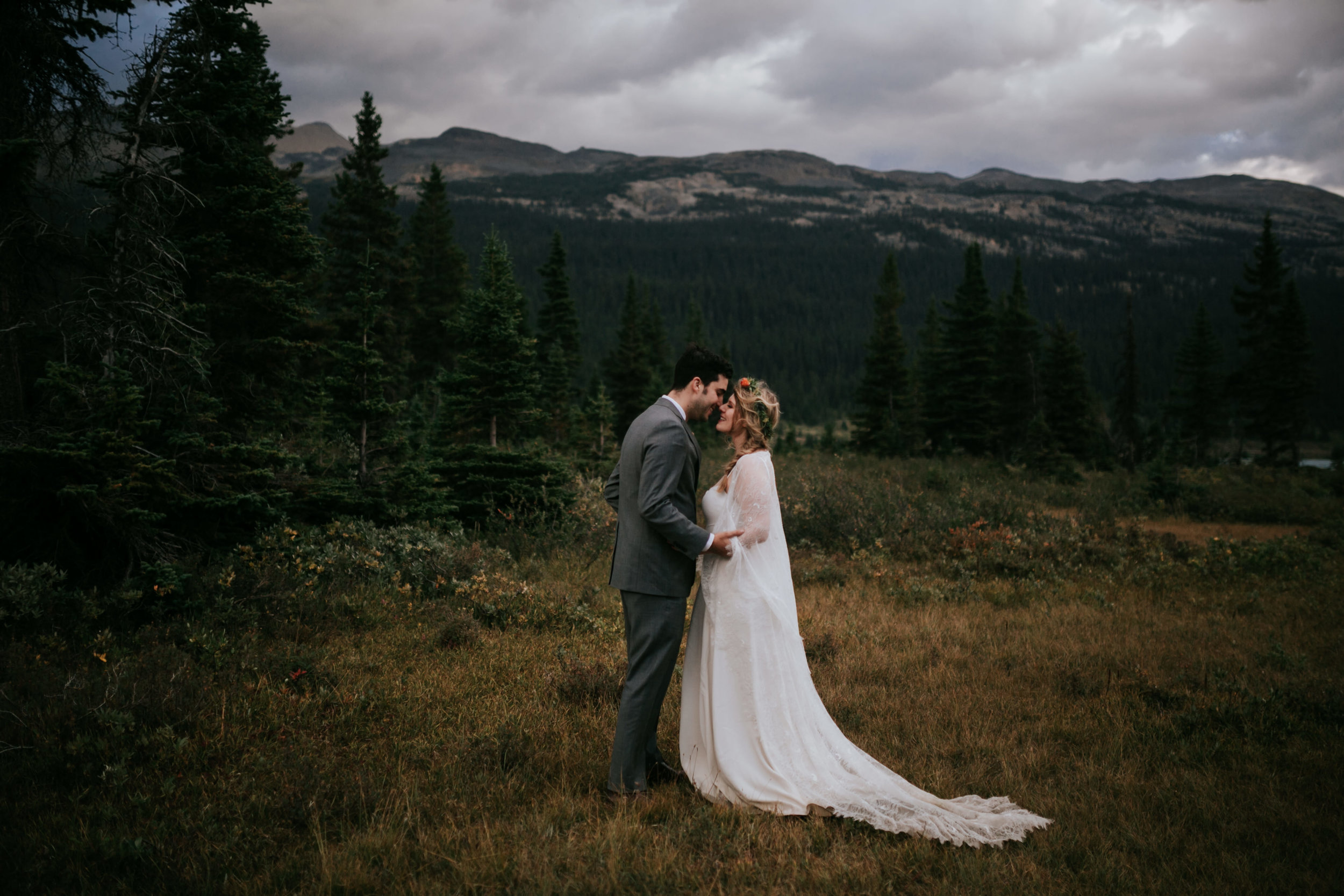 Banff National Park, Alberta Canada Elopement - Grace and Jaden Photography (152).jpg