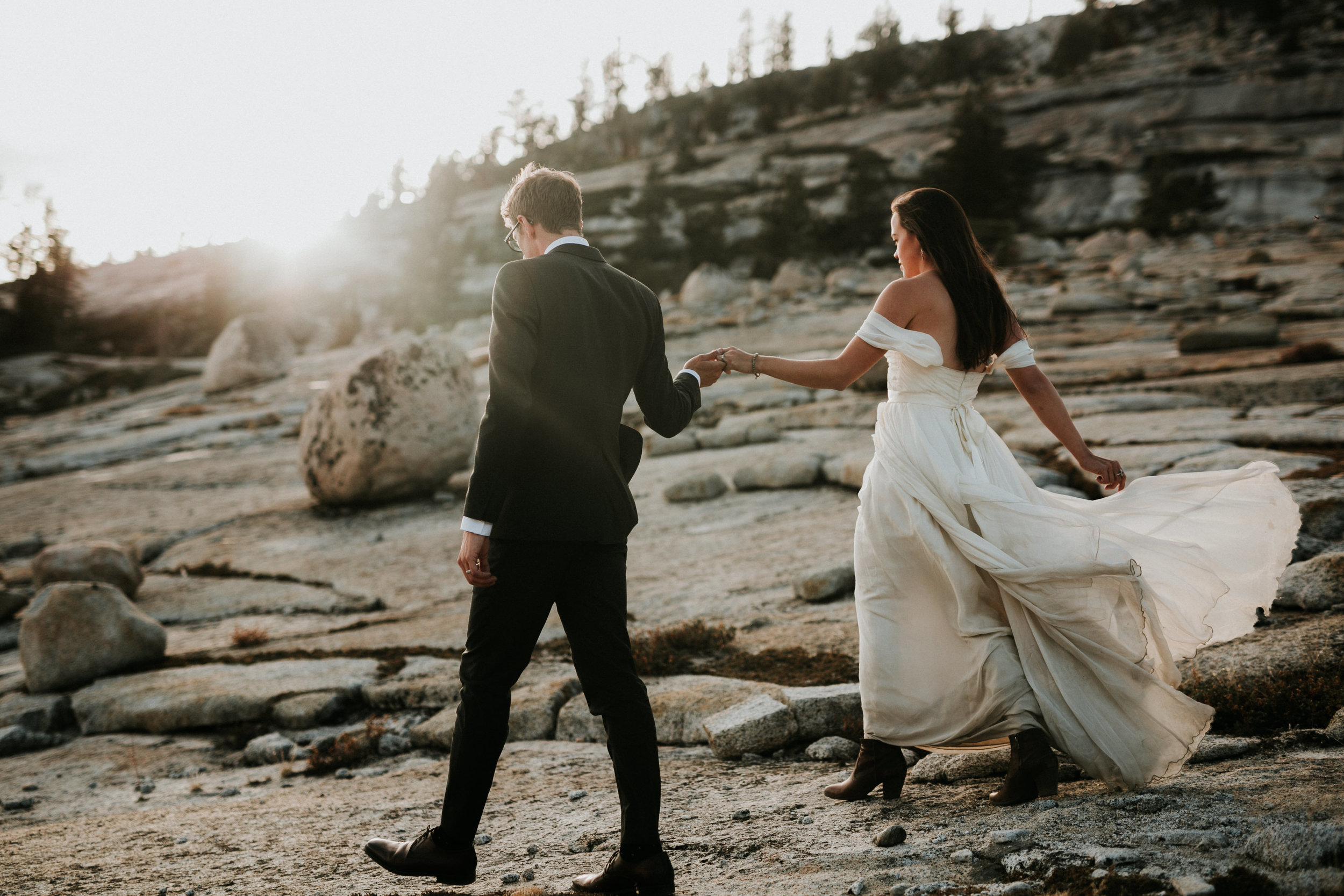 Yosemite Elopement, California Wedding- Grace and Jaden Photography- Shannon and Ian (26).jpg