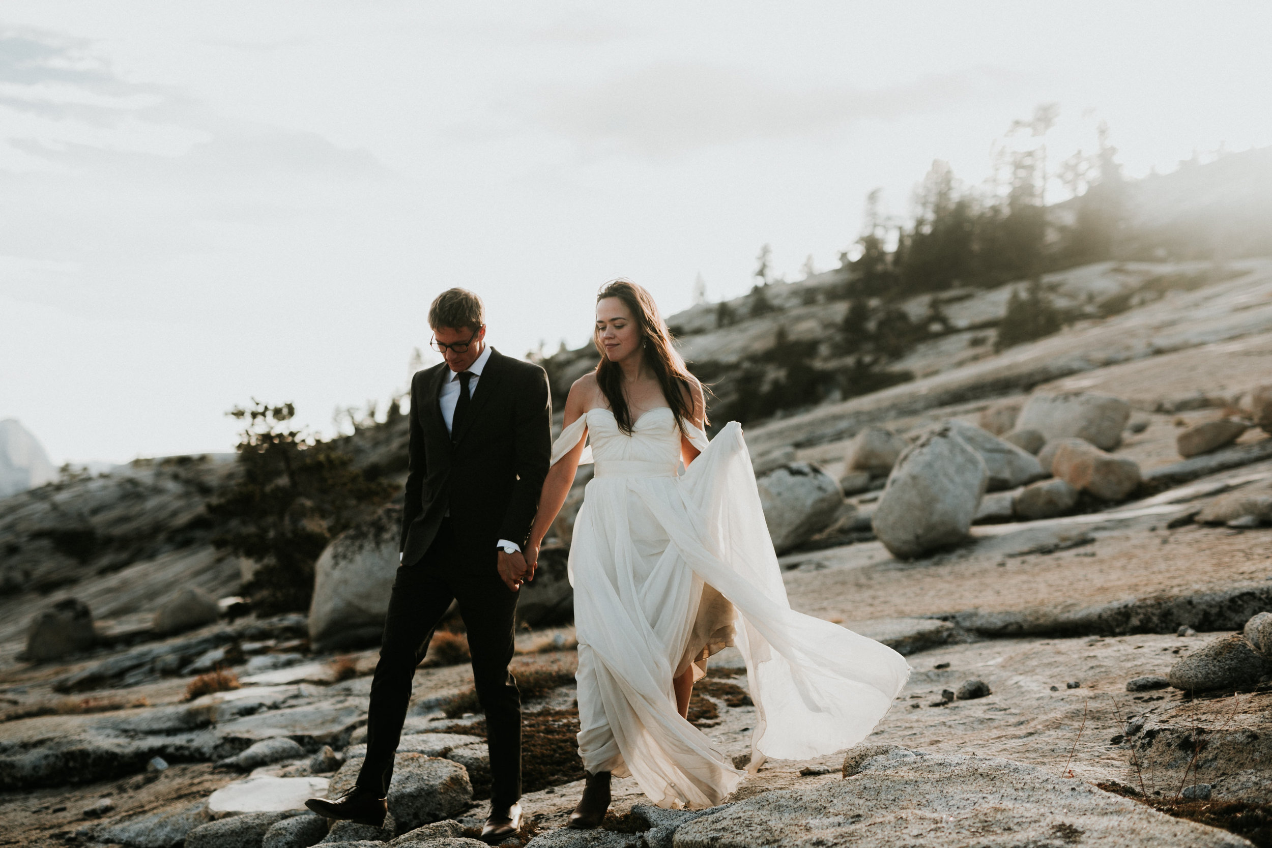 Yosemite Elopement, California Wedding- Grace and Jaden Photography- Shannon and Ian (28).jpg