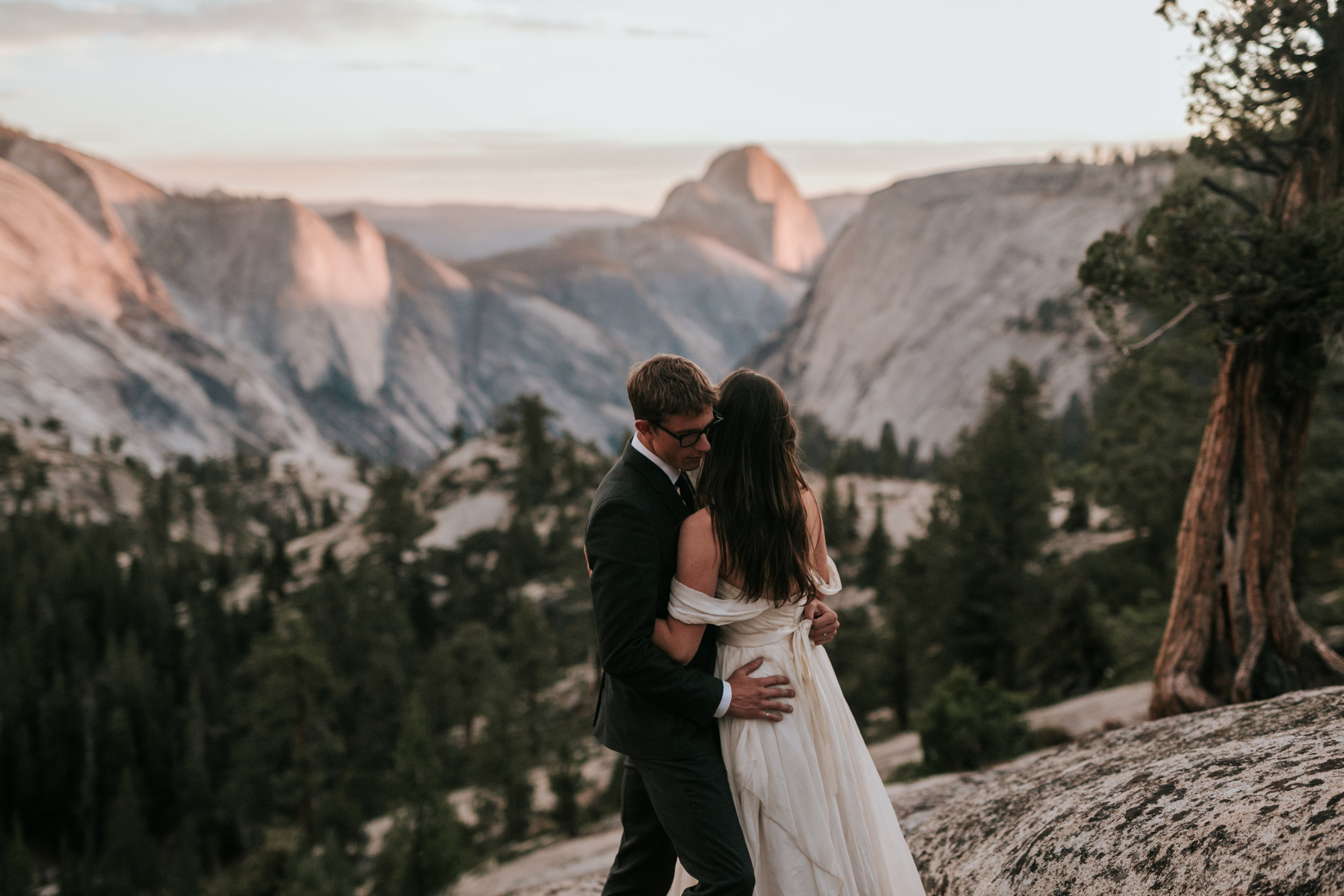 Yosemite Elopement, California Wedding- Grace and Jaden Photography- Shannon and Ian (40).jpg