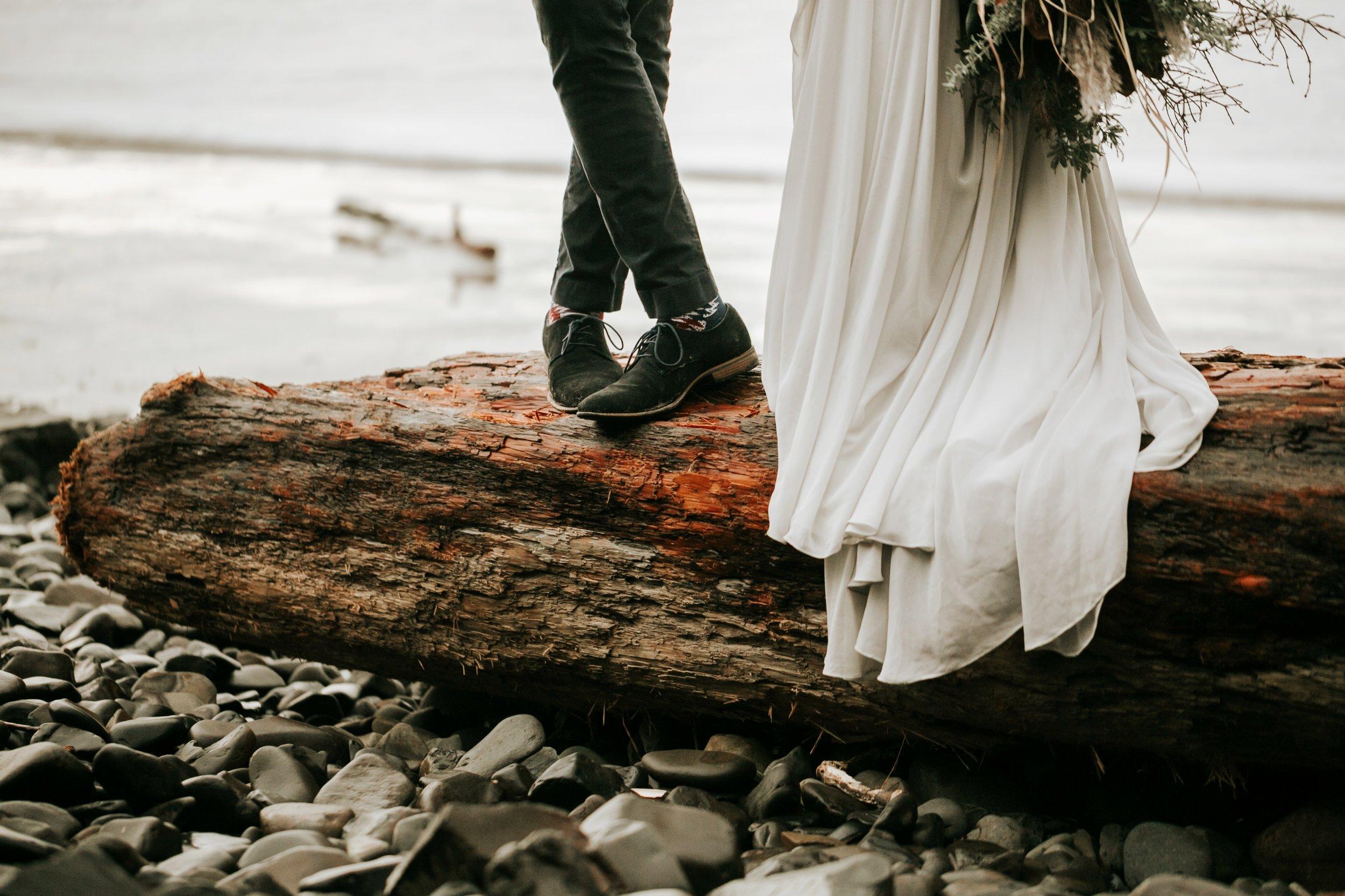 Hug Point Oregon Elopement- Cannon Beach- Grace and Jaden Photography (17).jpg