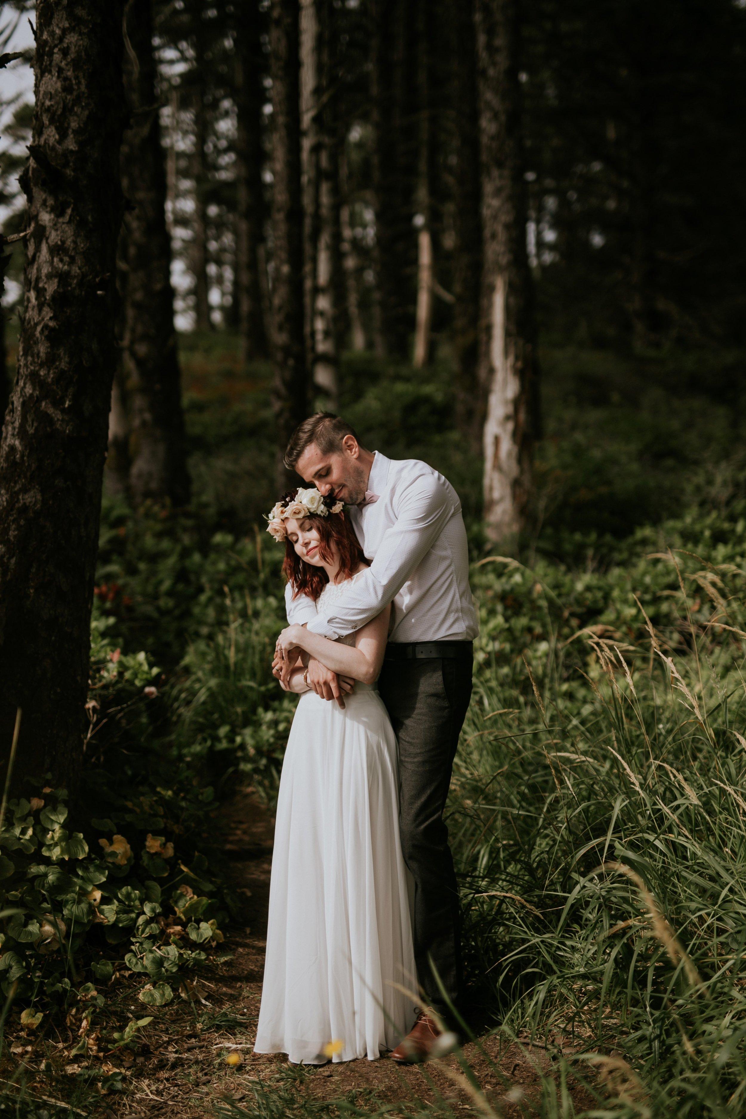Hug Point, Oregon Intimate Elopement- The soft Season Photography