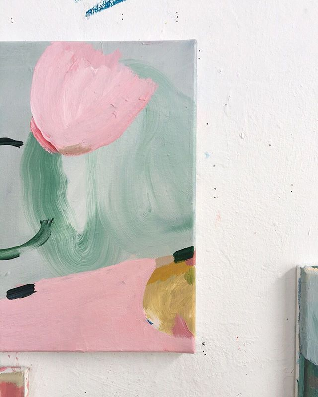 Some happy pastel abstracts , work in progress , I keep thinking of holidays ☀️🌸 and loving using pastels colours again . . . . . . . #lauragee #abstractart #inspiredbynature #flowerpainting  #contemporaryart #acrylicpainting ##naturepainting #flower #pinkpainting #creativeprocess #originalartwork #abstractflowers #contemporaryart #botanicalart #contemporaryart #smallabstractpainting #abstractart #modernart  #boldinterior