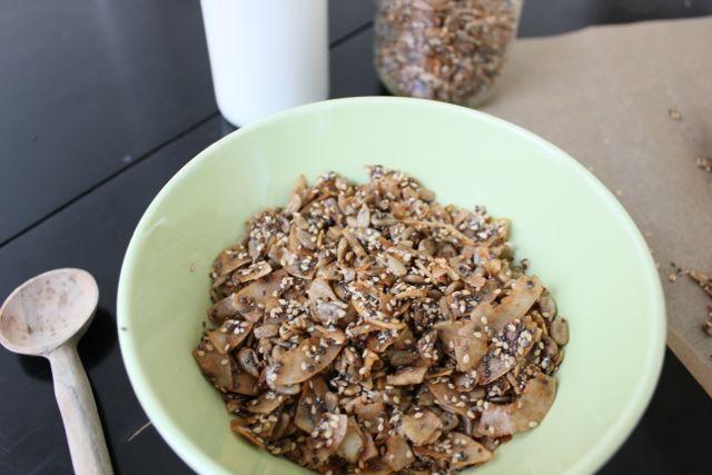 Coconut & Cinnamon Granola Fetaure Image