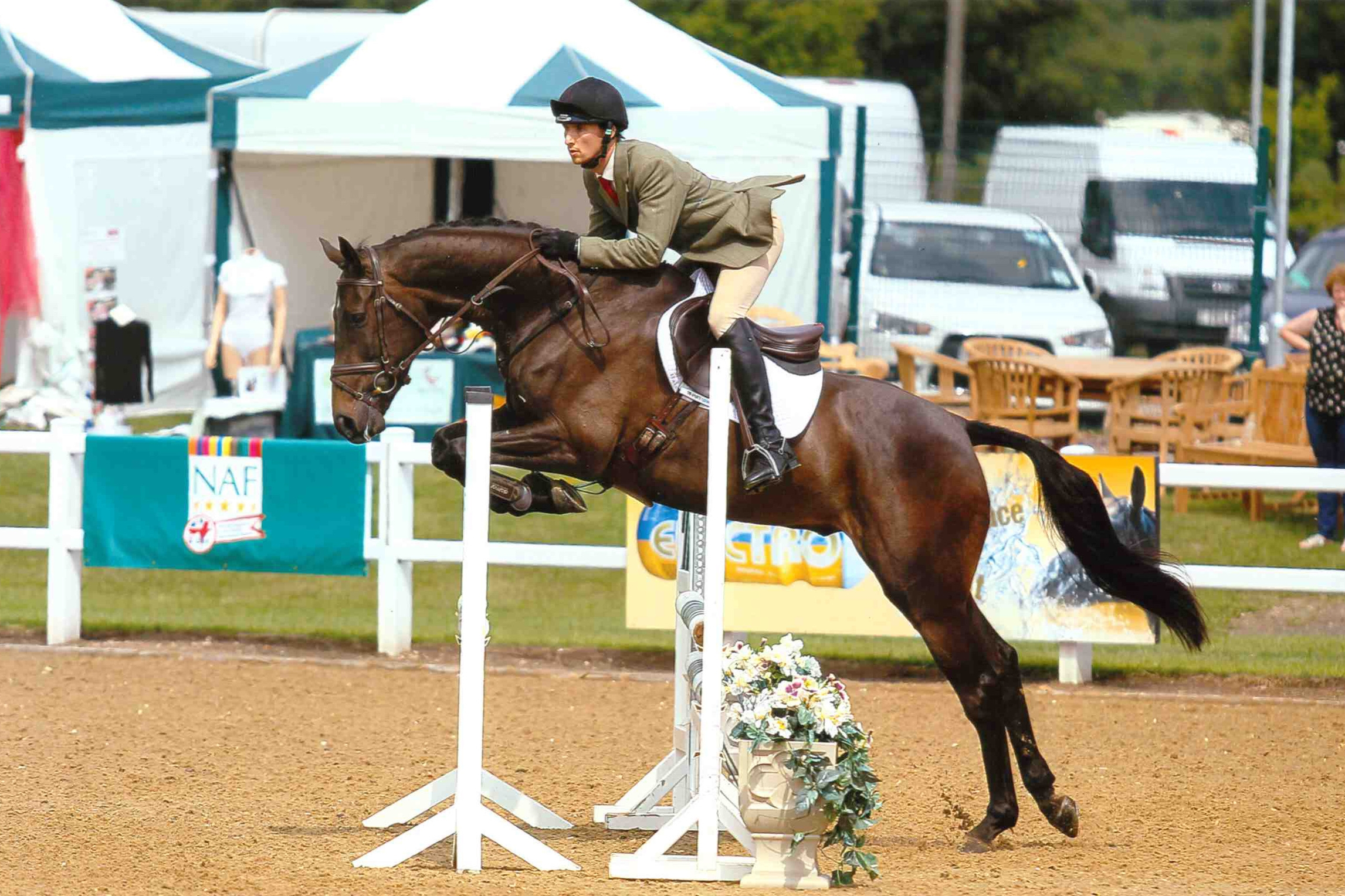 Sam and julian Podgers's Emperor Clover (max) at the byeh qualifier at hartpury - 2013