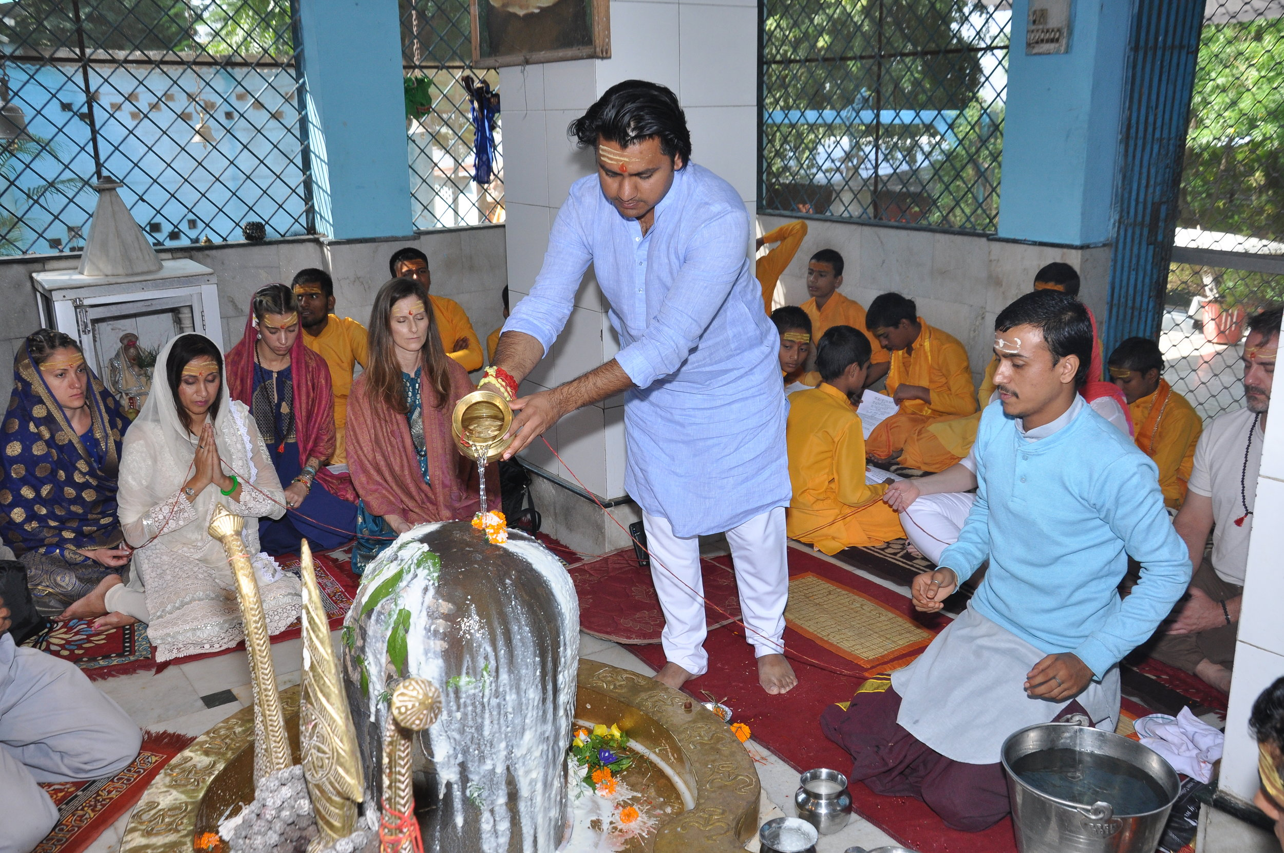 Chandresh during one of the signature healing ceremonies at the retreat
