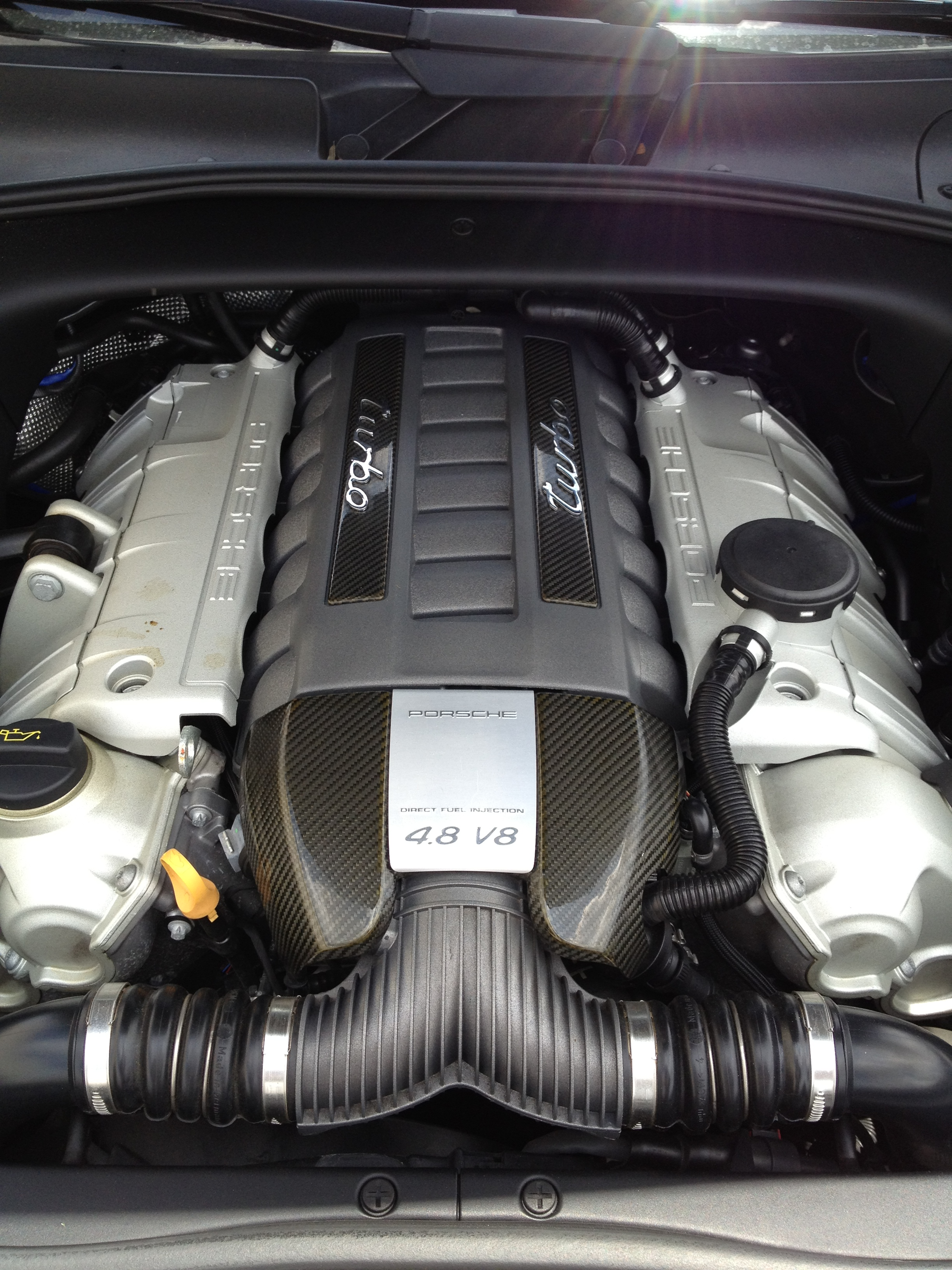 09 Porsche Cayenne Turbo S 004.jpg