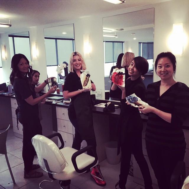 Fabulous color workshop with our team. #evofabulosopro #kenworthysalon #kenworthysalonbeverlyhills #hair#color#beverlyhillssalon#hothaircolor#besthaircolor#hairstylist