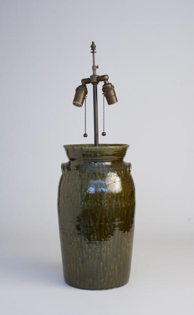 SCDS #04-25-MM-00-AB Sid's crock table lamp in metallic moss glaze 3 gallon