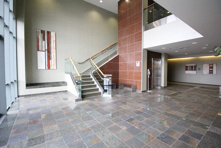 Thousand Oaks Medical Office for Lease - 425 Lobby 5.jpg