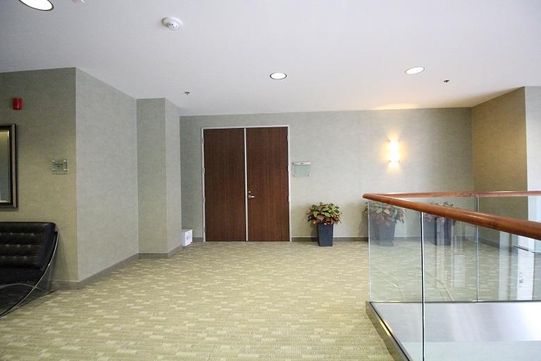 Thousand Oaks Medical Office for Lease - 425 Lobby Upstairs 3.jpg