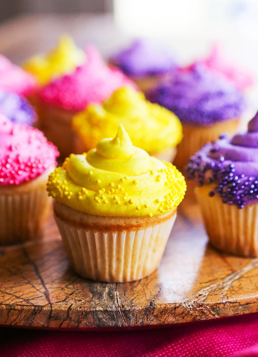 Classic White Cupcakes