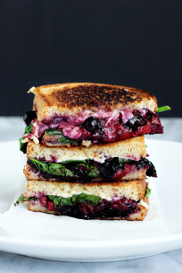 Balsamic-Berry-Vegan-Grilled-Cheese_neuroticmommy.jpg