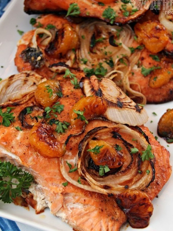 Baked-Salmon-Sweet-Candy-Onions-and-Brown-Sugar-Mandarin-Glaze4.jpg