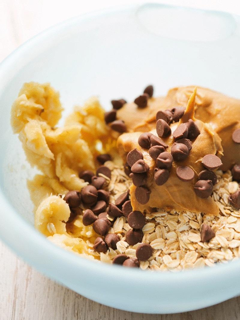threeingredientpeanutbutterbananacookies.jpg