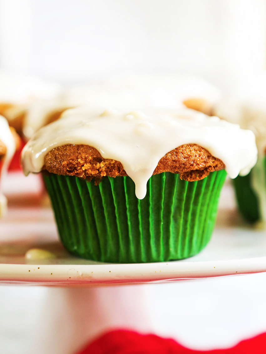 Best Ever Salted Caramel Apple Cupcakes
