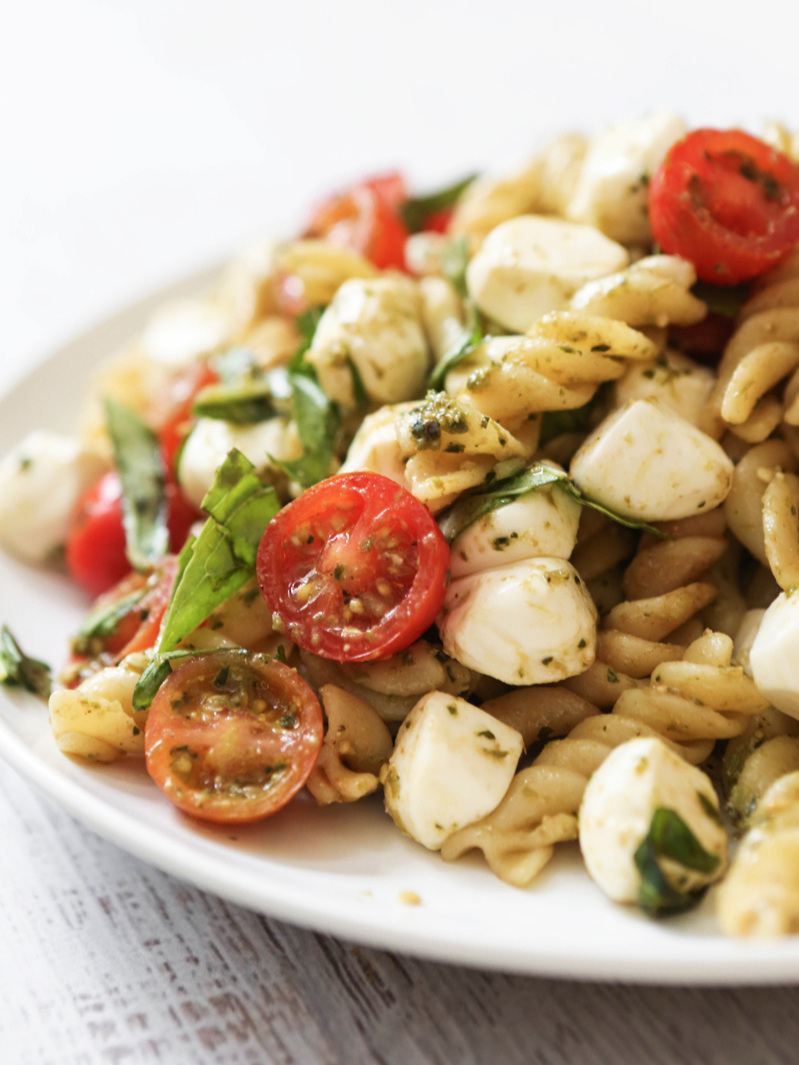 caprese pasta salad on serving platter