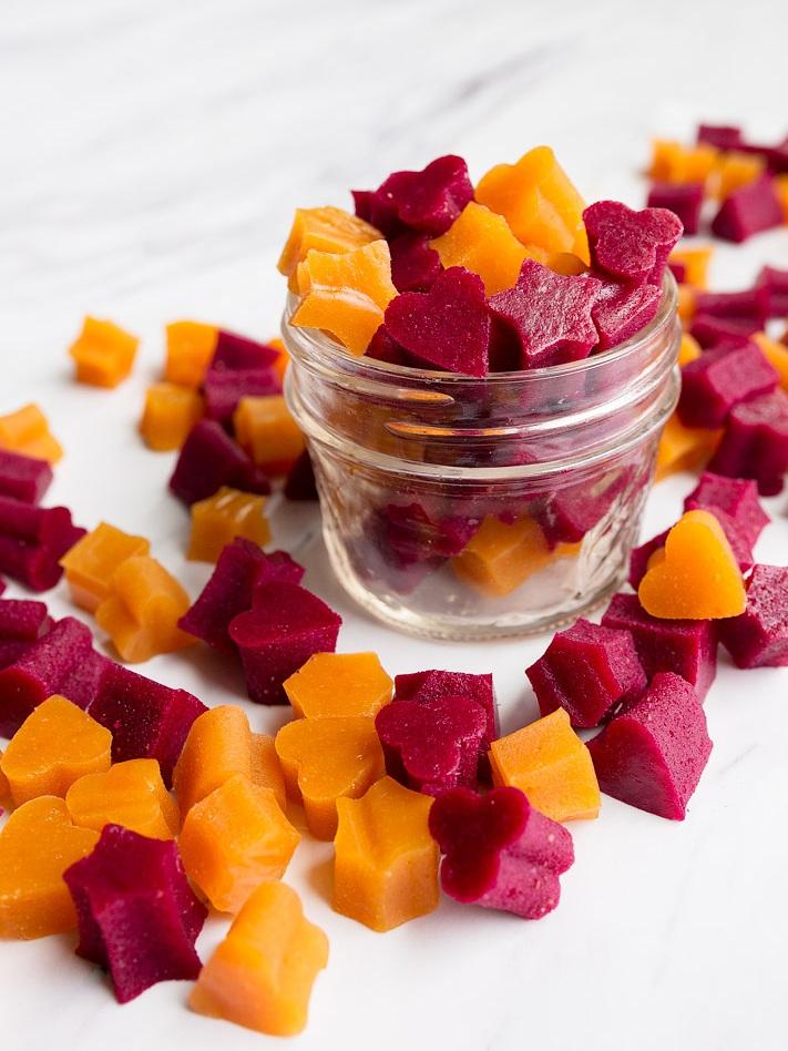 homemade-fruit-snacks-dessertfortwo.jpg