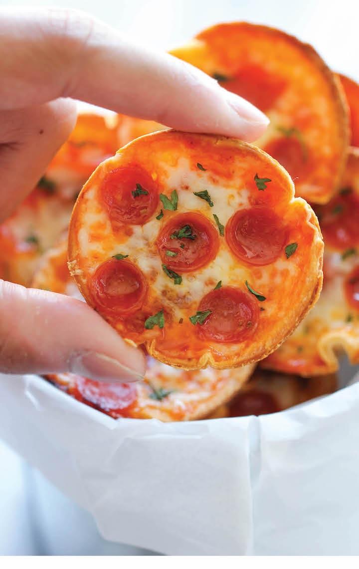 Mini-Deep-Dish-Pizzas+-+damndelicious.jpg