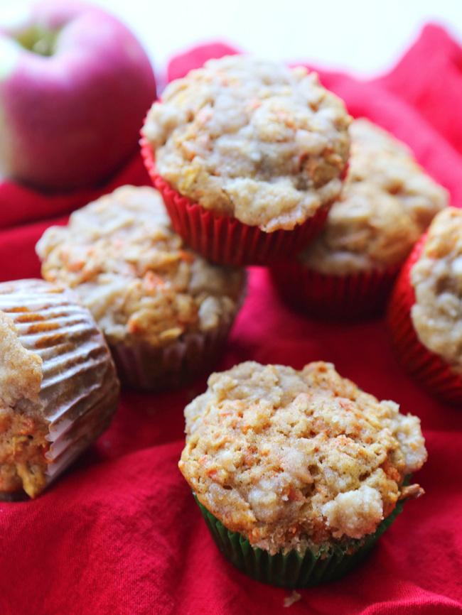 Carrot Cake Apple Muffins
