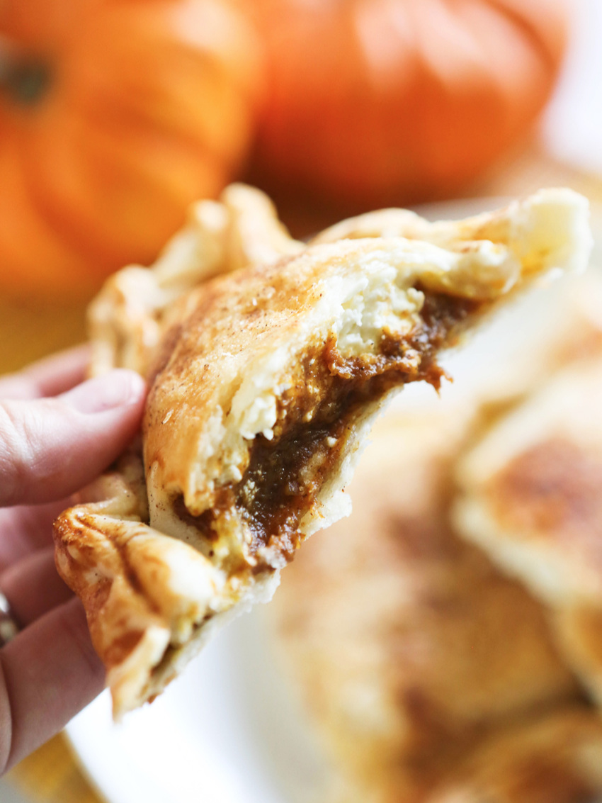 Easy Pumpkin Hand Pies