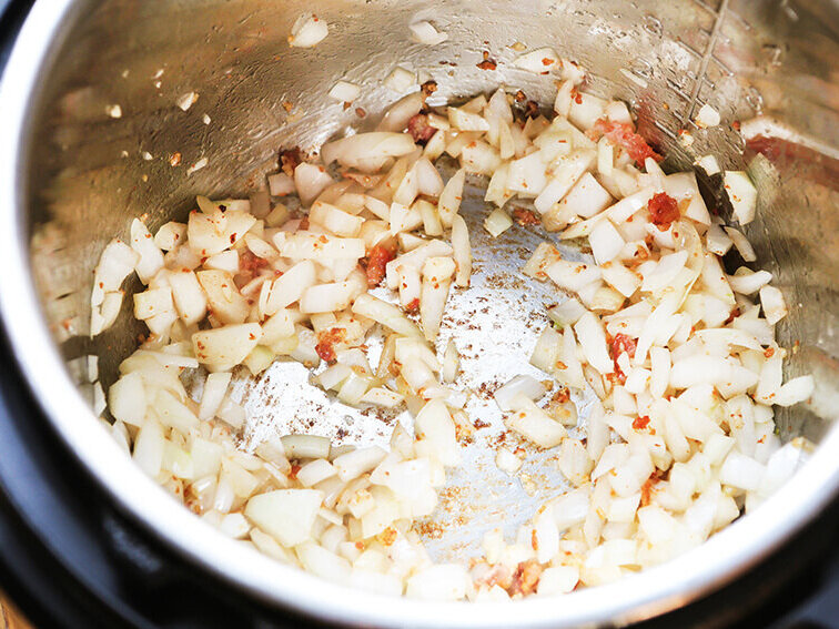 Cooked onions in Instant Pot