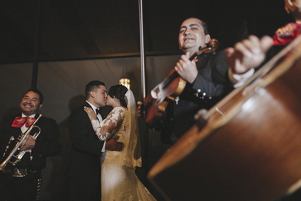 anahi_gustavo_wedding-089.jpg