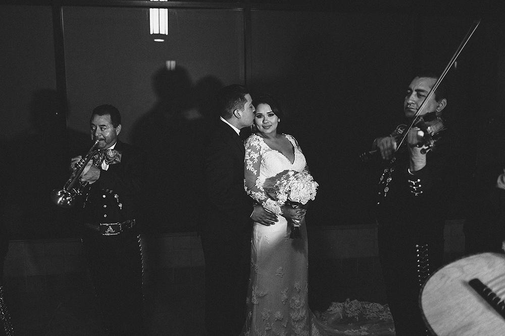 anahi_gustavo_wedding-091.jpg
