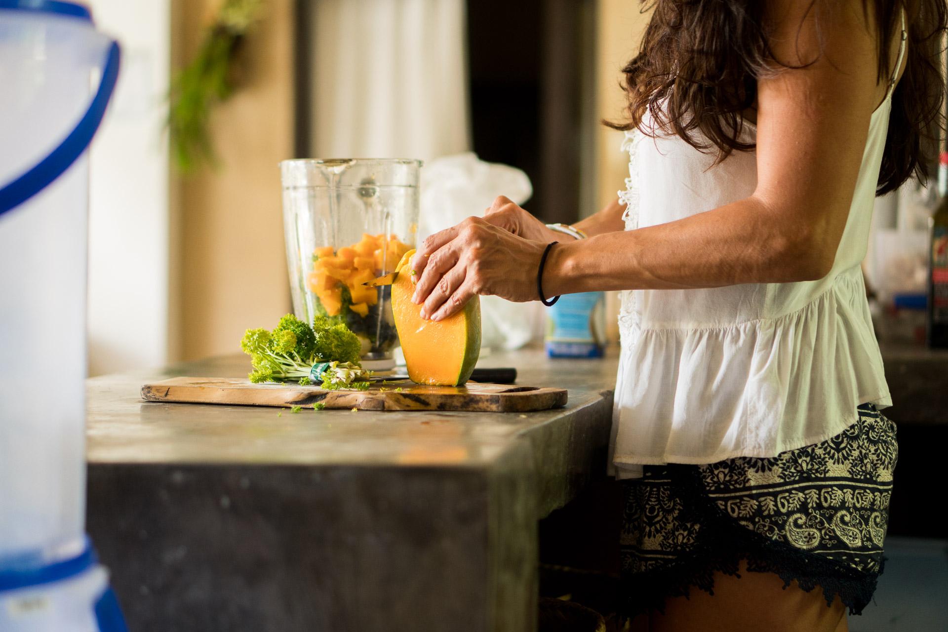 Kitchen Mango Smoothie.jpg