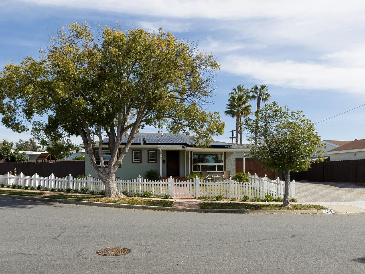 4065 Gros Ventre Ave San Diego-MLS_Size-027-37-4065 Gros Ventre 28 of 29-1280x960-72dpi.jpg