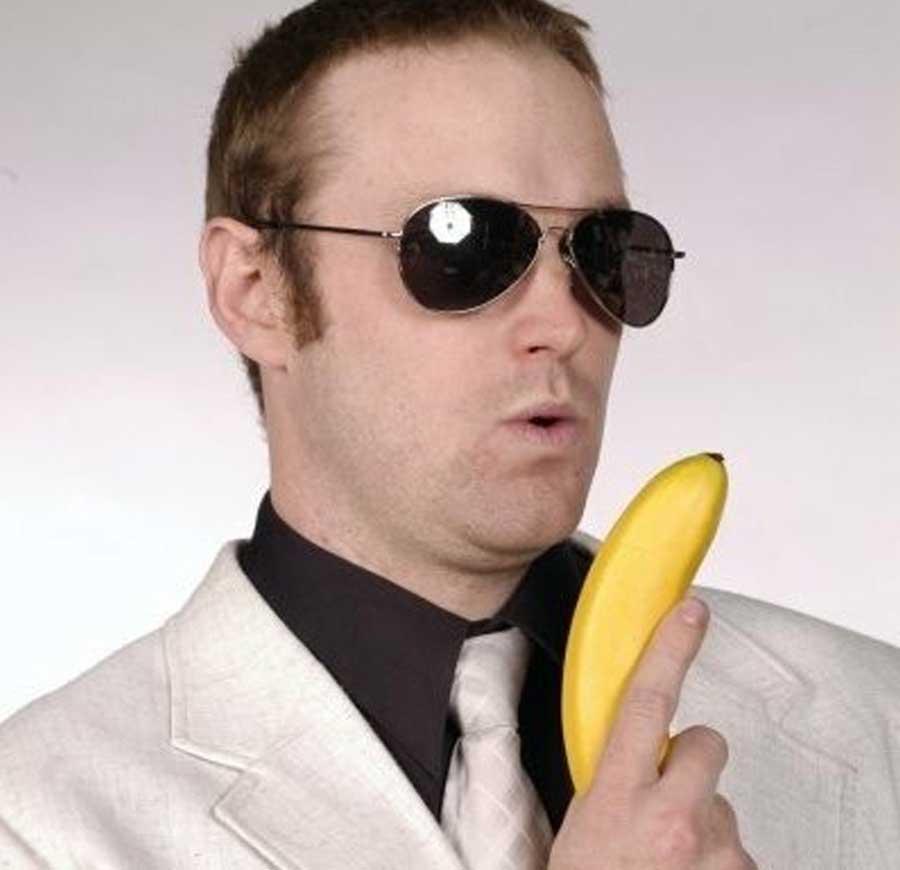 TAYLOR - Bar Tender Extraordinaire   Banana   International Man of Mystery