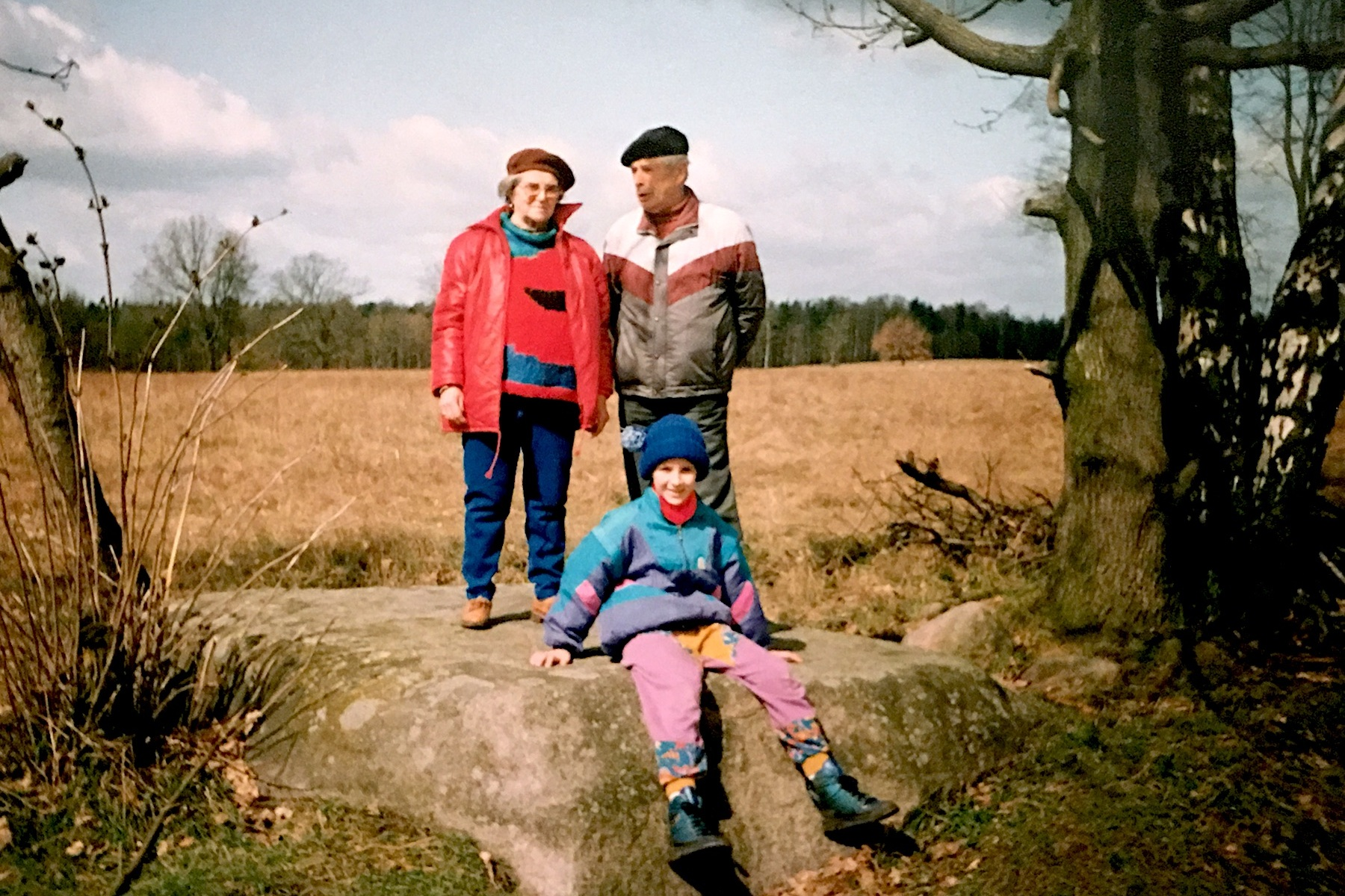 Family Photo Archive  Sindy Butz with grandparents  1991, Blumenthal Stone, Prötzel Stadtstelle, Germany